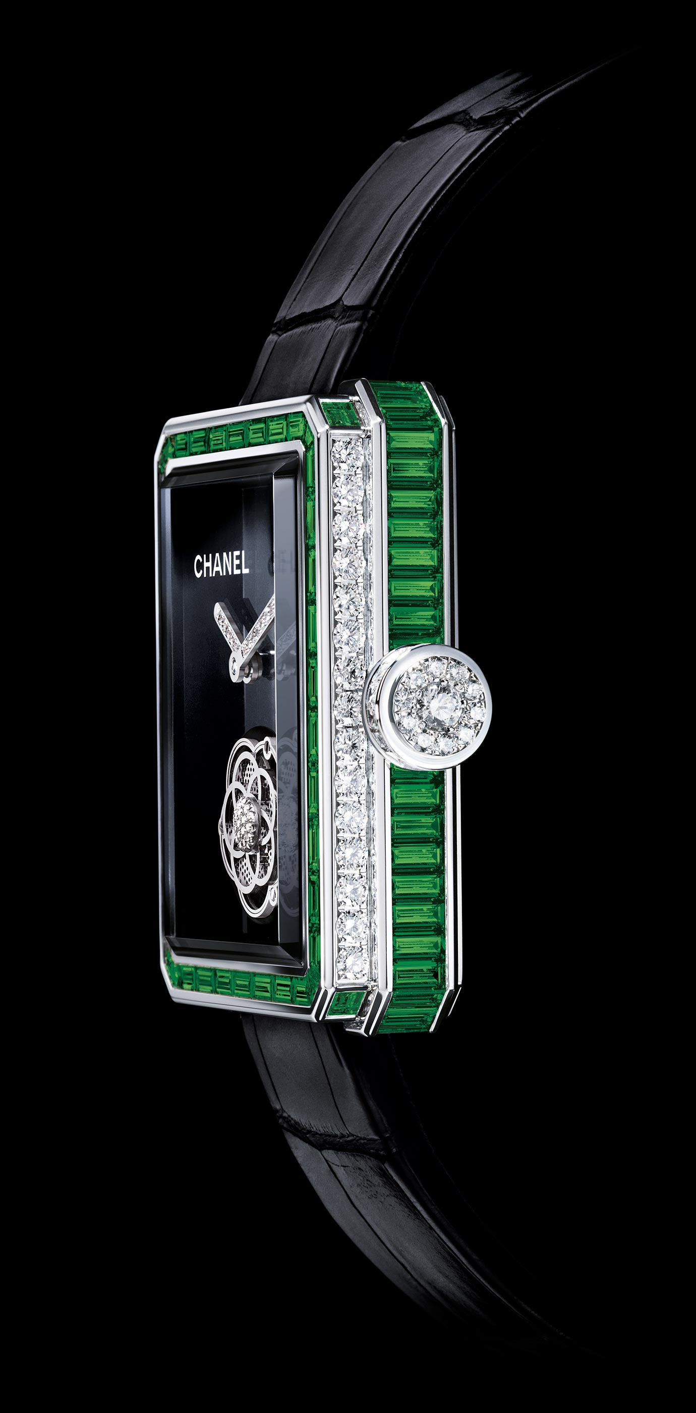 Première Flying Tourbillon in white gold, case and bezel set with emeralds and baguette-cut diamonds - Enlarged view