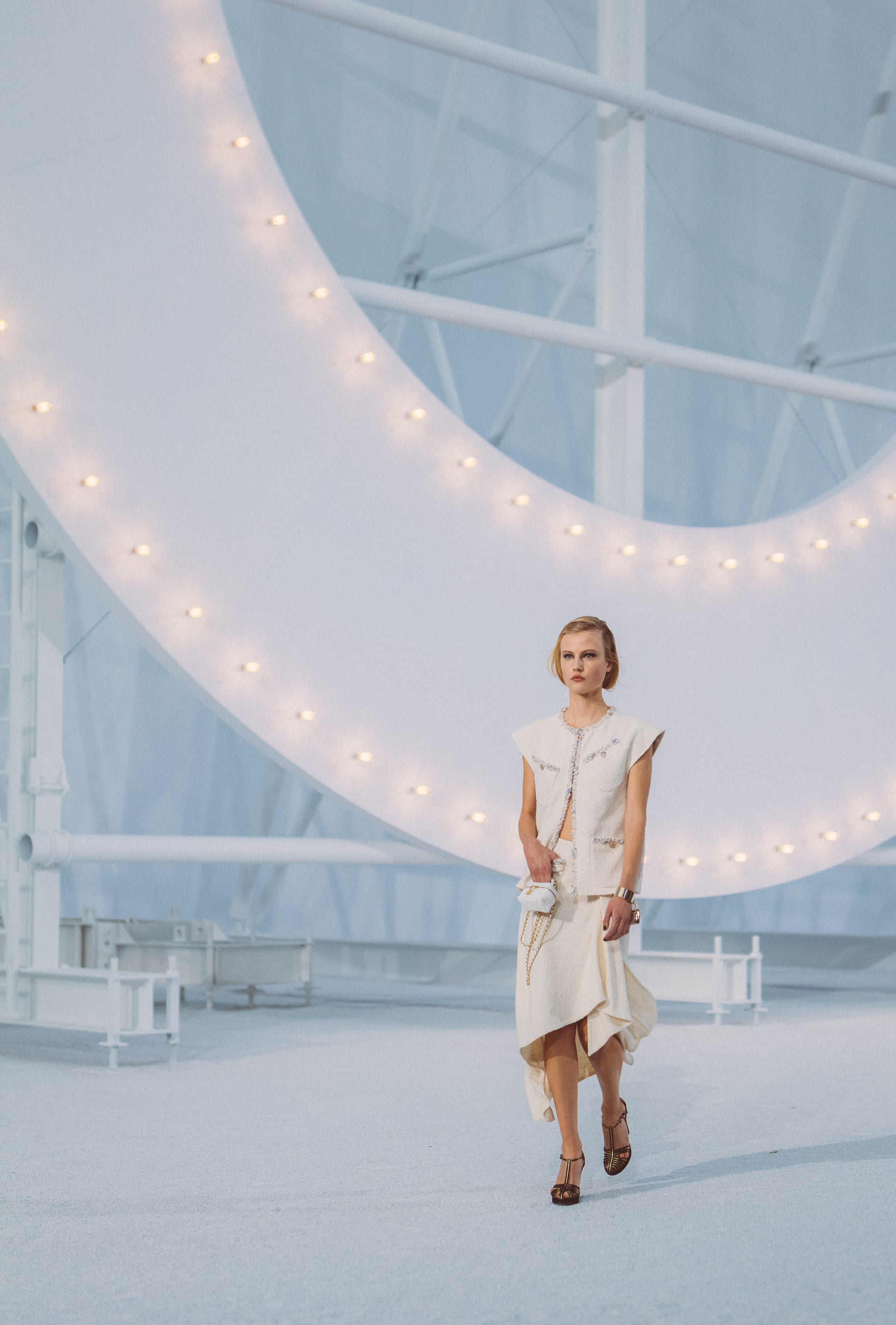 View 3 - Look 42 - Spring-Summer 2021 - see full sized version