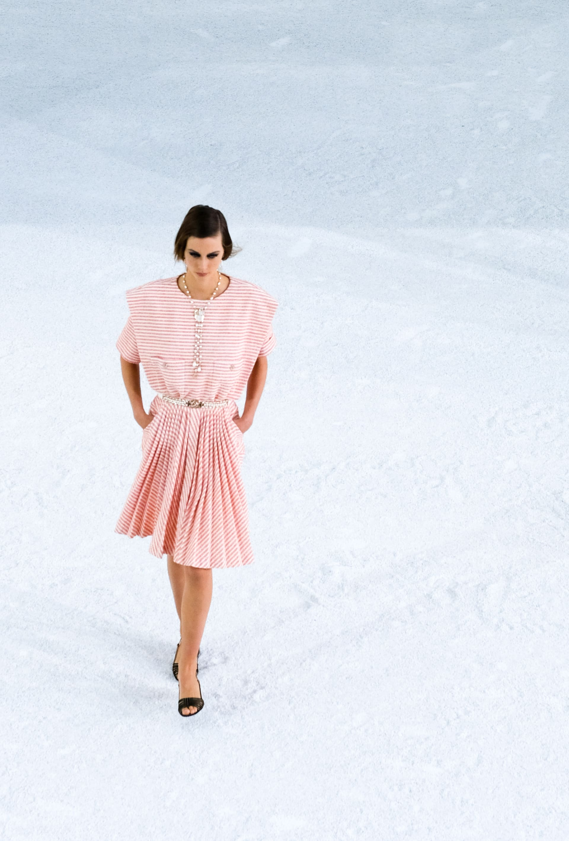 View 4 - Look 40 - Spring-Summer 2021 - see full sized version