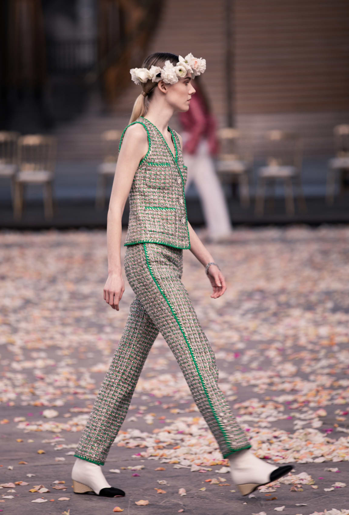 View 4 - Look 8 - Spring-Summer 2021 Haute Couture - see full sized version