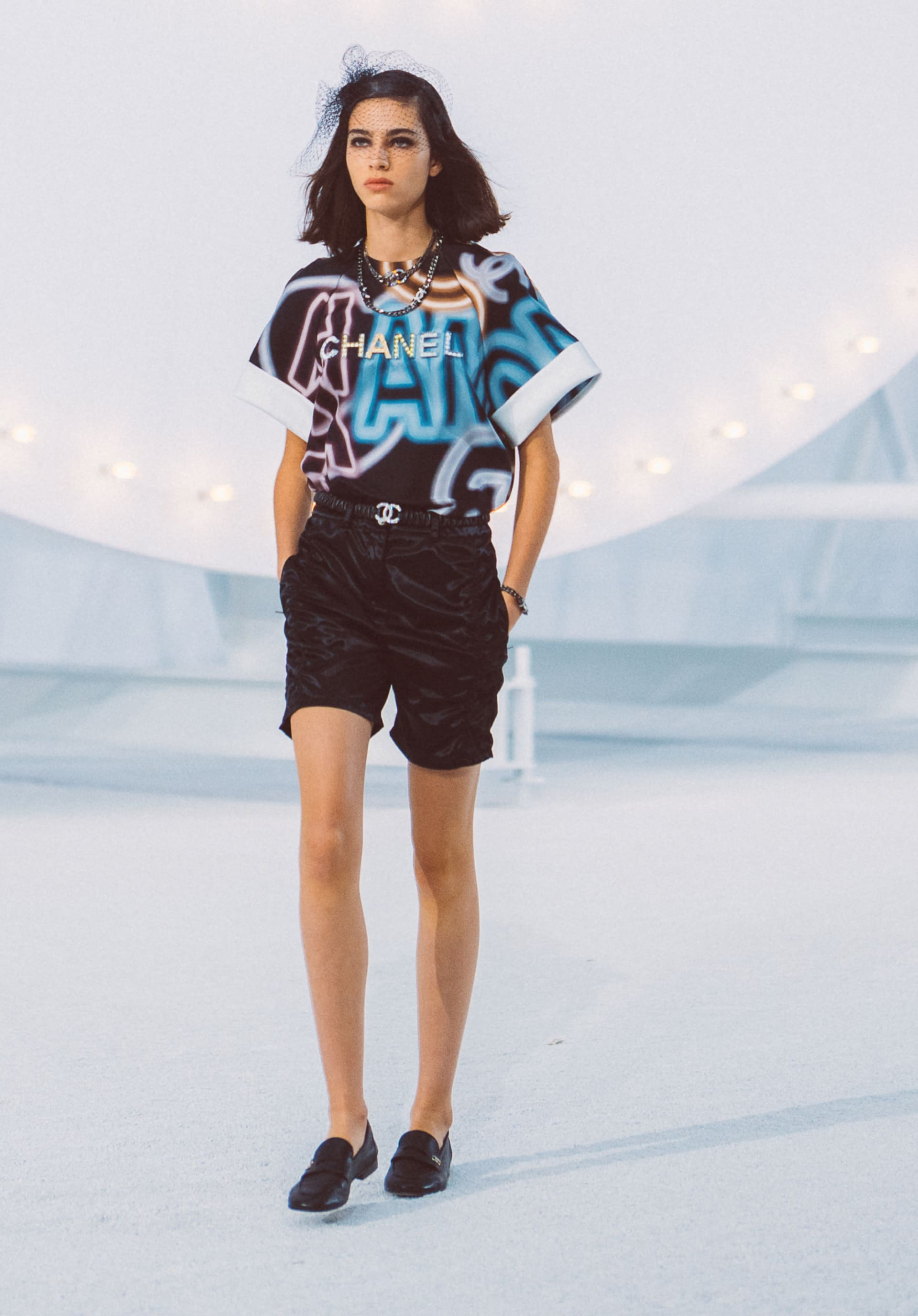 View 1 - Look32 - Spring-Summer 2021 - see full sized version