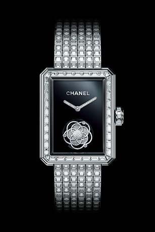 Часы MONSIEUR DE CHANEL, ЗОЛОТО BEIGE, техника горячей эмали, мотив льва из рельефного золота, функция прыгающего часа, ретроградный механизм индикации минут со шкалой на 240 градусов