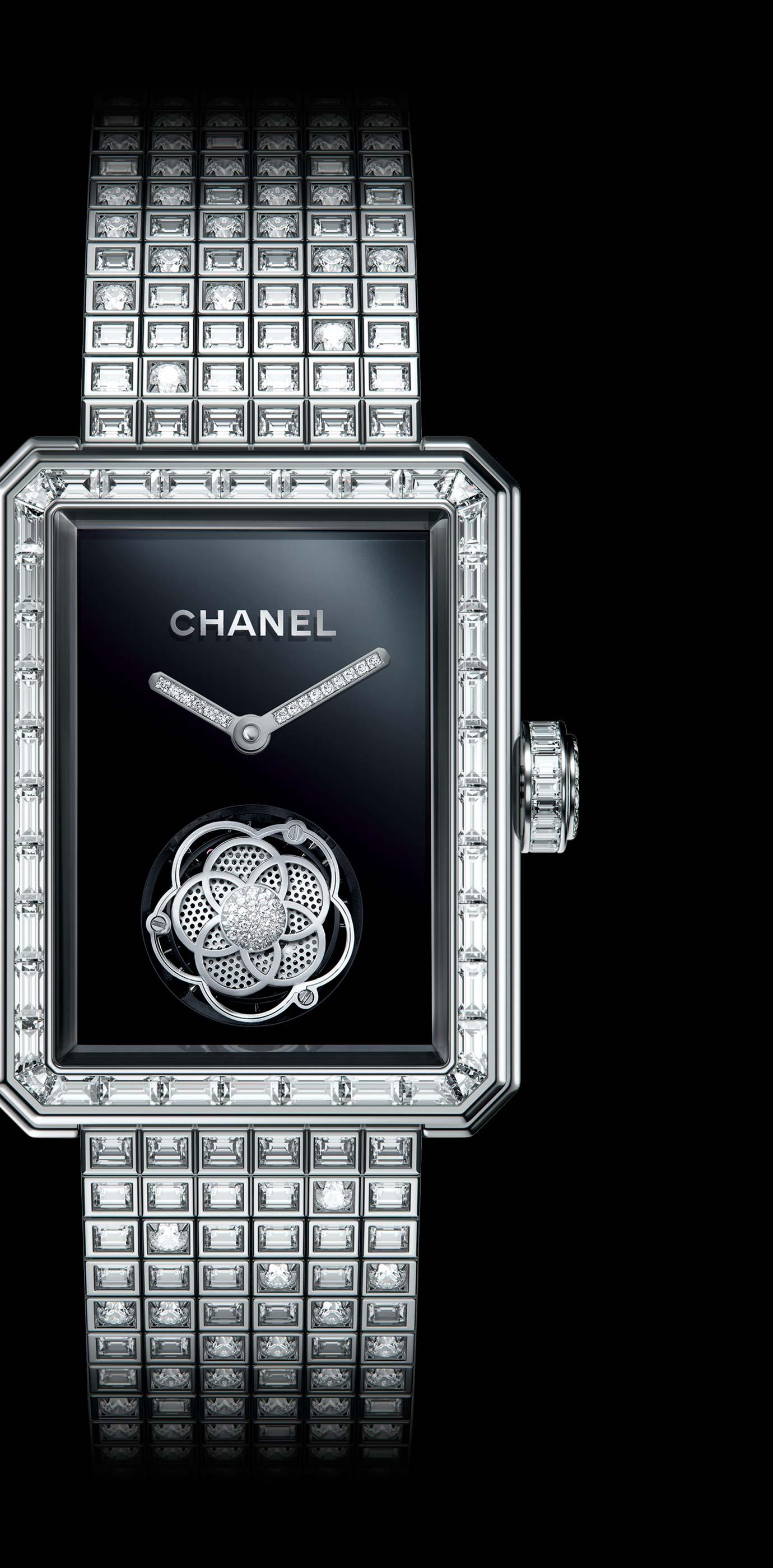 Часы MONSIEUR DE CHANEL, ЗОЛОТО BEIGE, техника горячей эмали, мотив льва из рельефного золота, функция прыгающего часа, ретроградный механизм индикации минут со шкалой на 240 градусов - Увеличенный вид