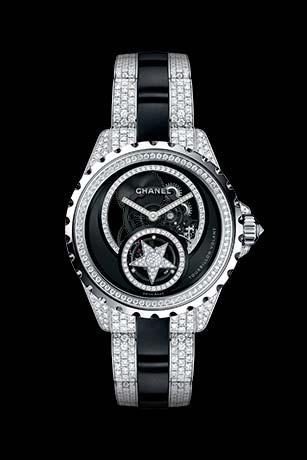 Часы J12 Tourbillon Volant Squelette из белого золота 18 карат и черной высокотехнологичной керамики с бриллиантами. Браслет с бриллиантами классической огранки.