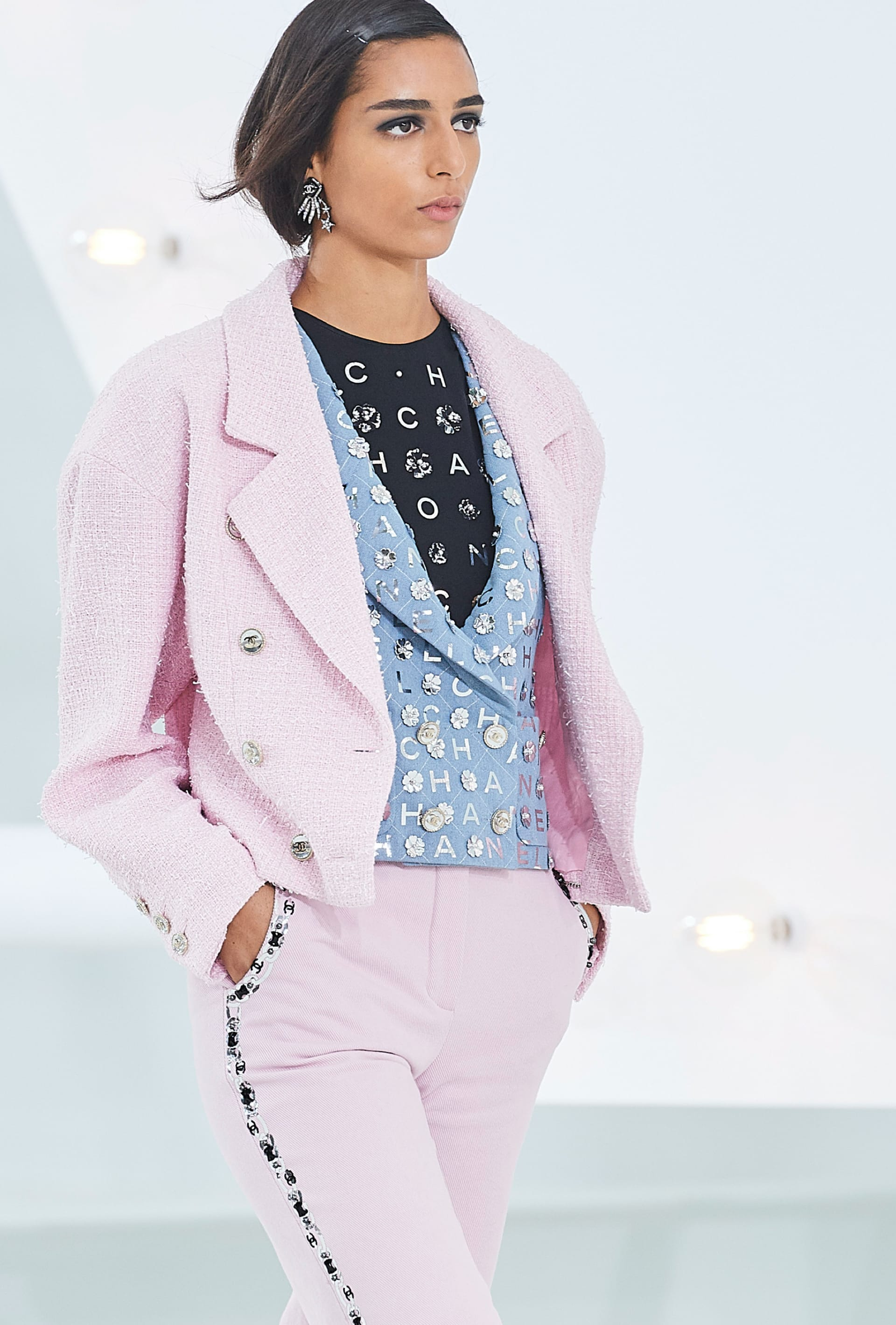 View 2 - Look 5 - Spring-Summer 2021 - see full sized version