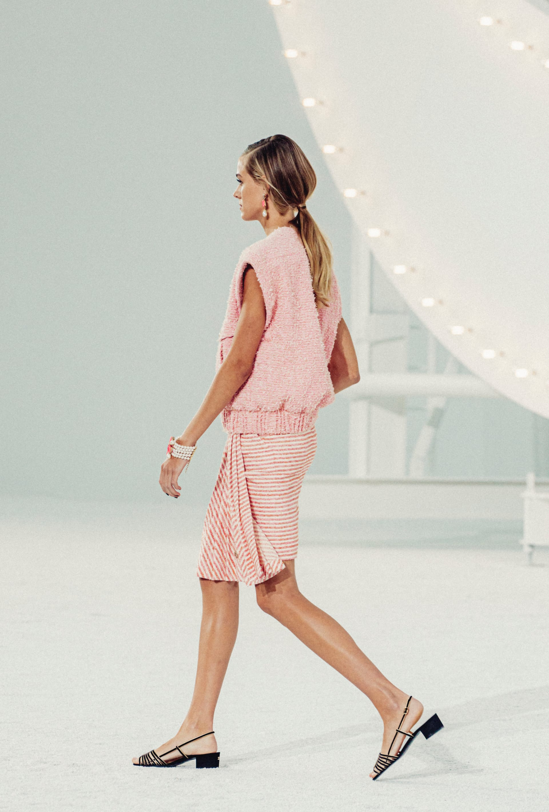 View 3 - Look 41 - Spring-Summer 2021 - see full sized version