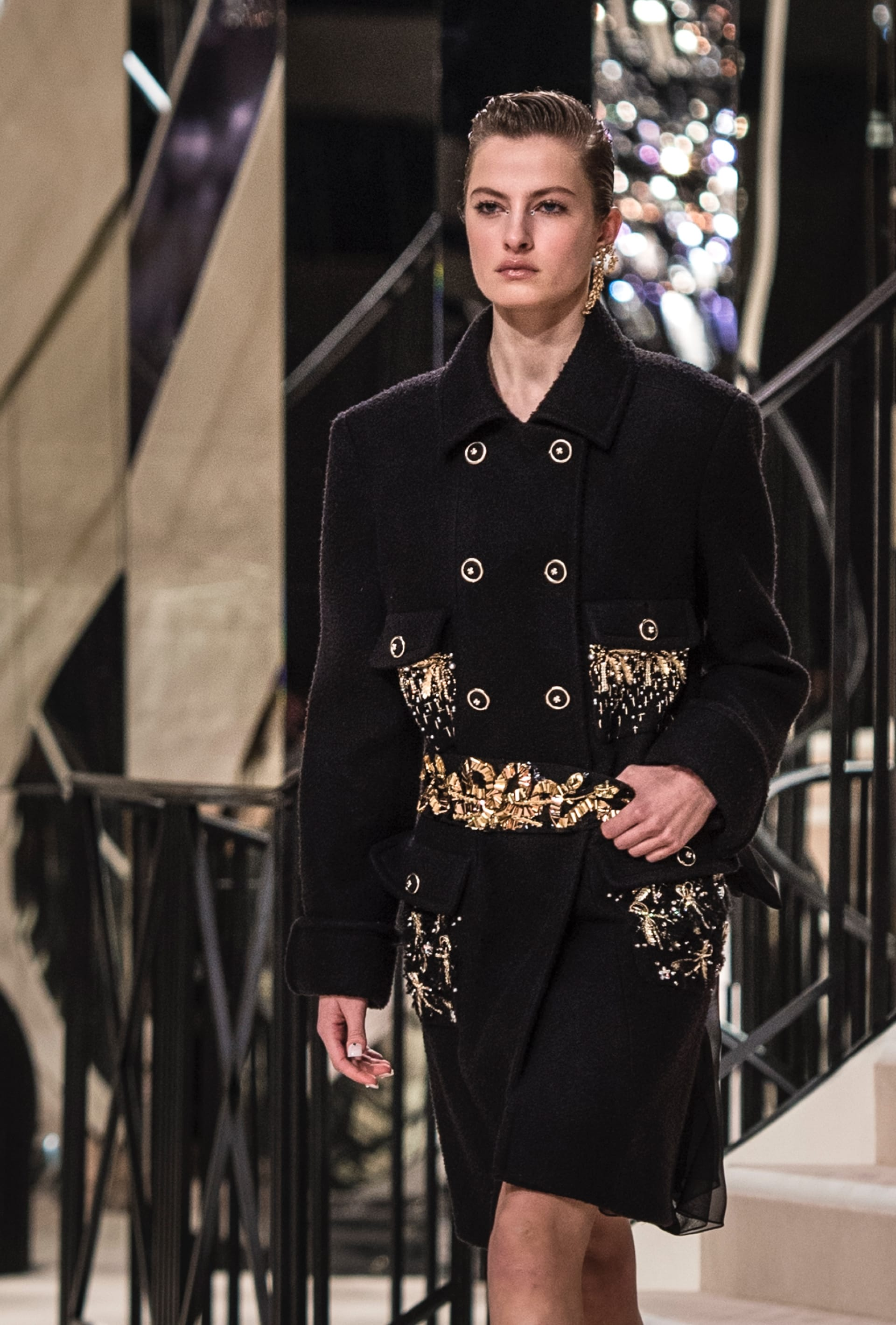 View 5 - Look 4 - Métiers d'Art 2019/20 - see full sized version
