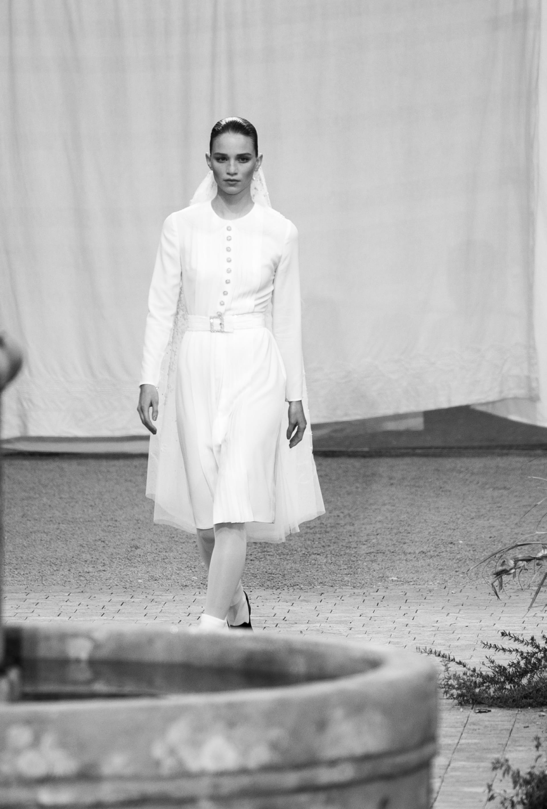 View 4 - Look 62 - Spring-Summer 2020 Haute Couture - see full sized version