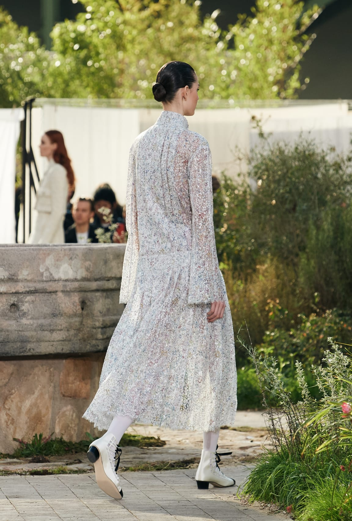 View 6 - Look 25 - Spring-Summer 2020 Haute Couture - see full sized version