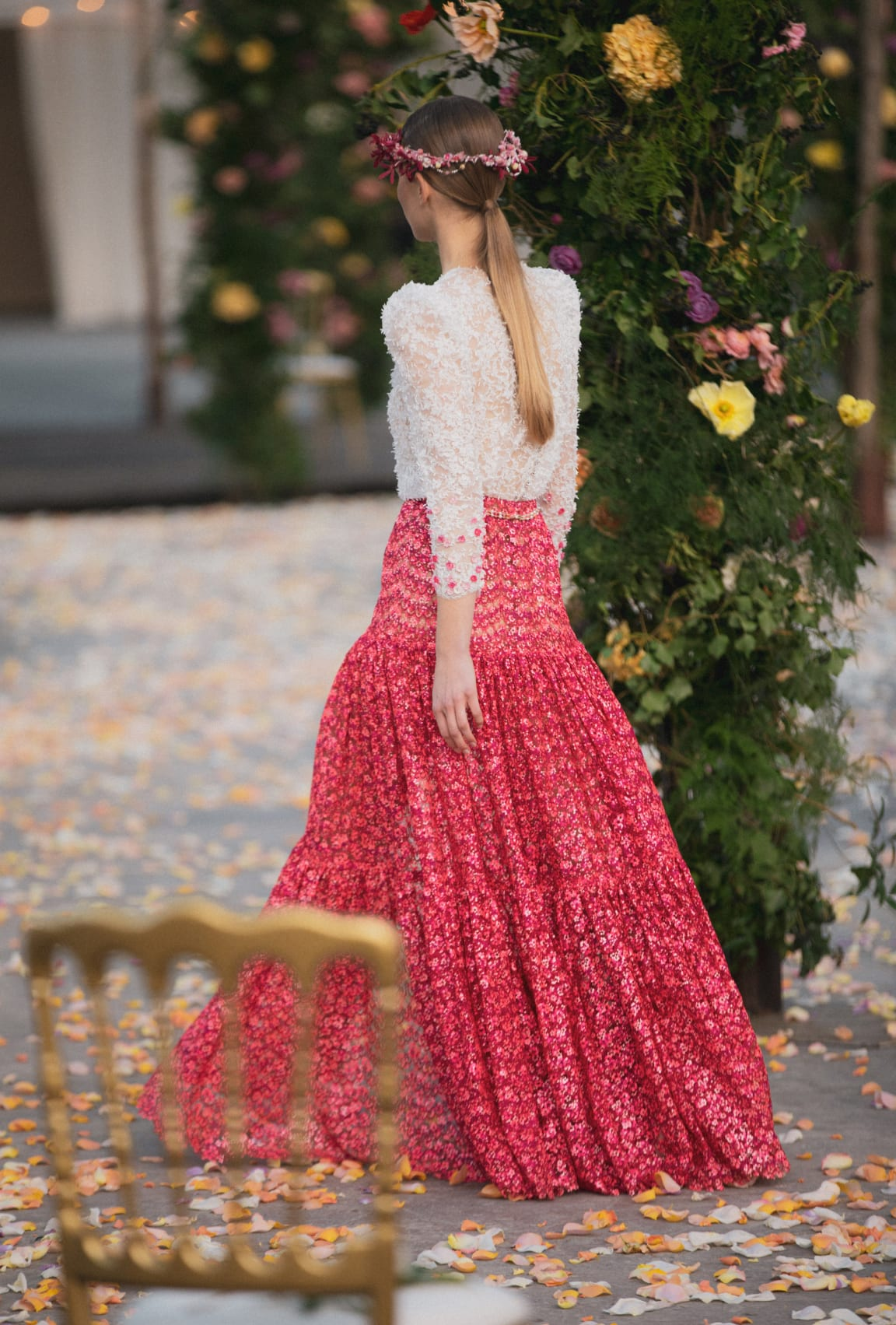 zoom - View 2 - Look 1 - Spring-Summer 2021 Haute Couture - see full sized version