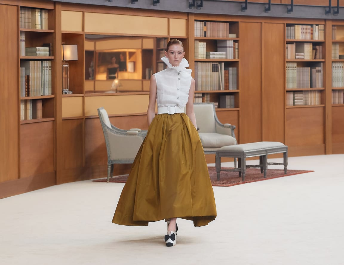 Image 1 - Look 61 - see full sized version