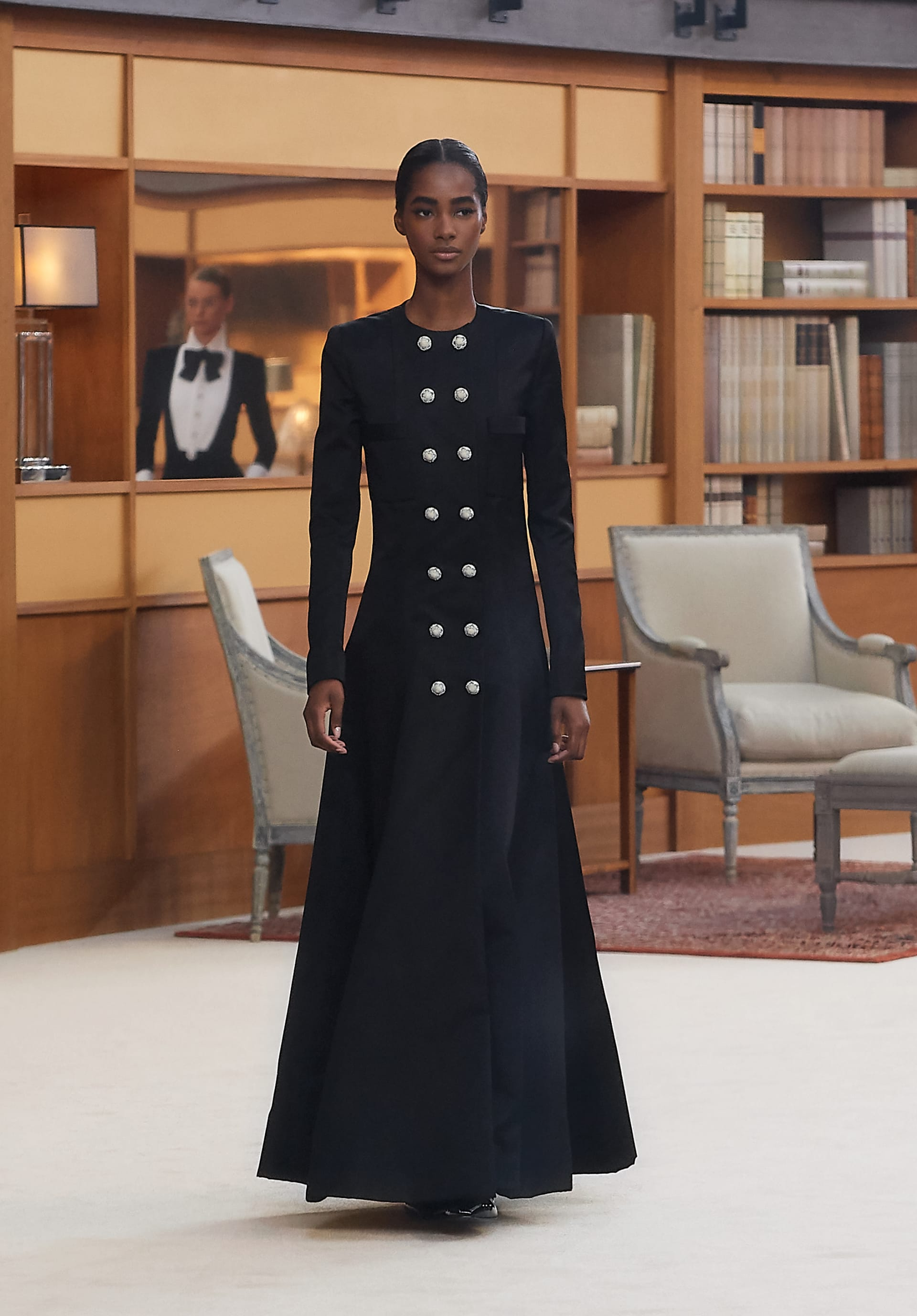 View 1 - Look 53 - Fall-Winter 2019/20 Haute-Couture - see full sized version