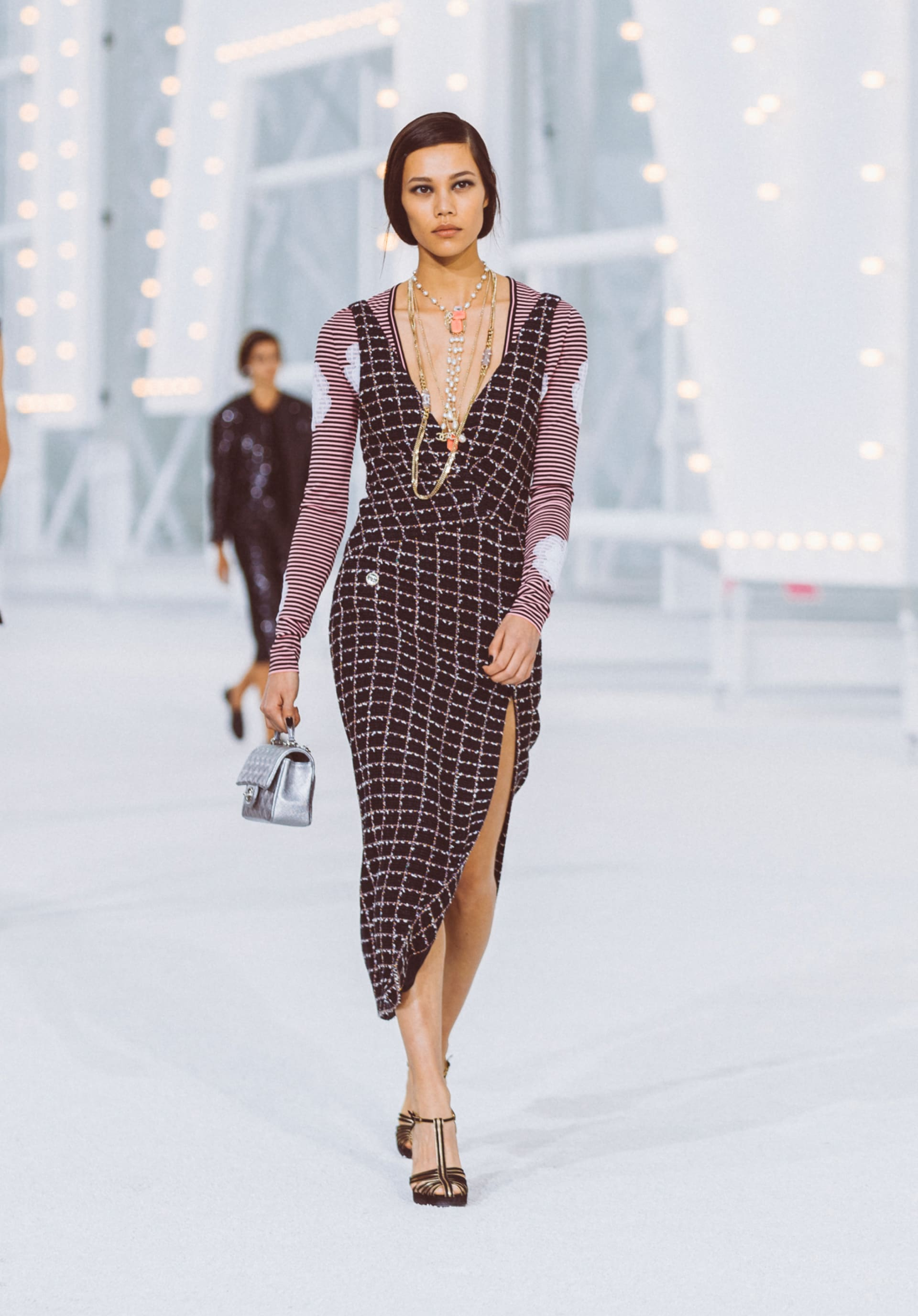 View 1 - Look16 - Spring-Summer 2021 - see full sized version
