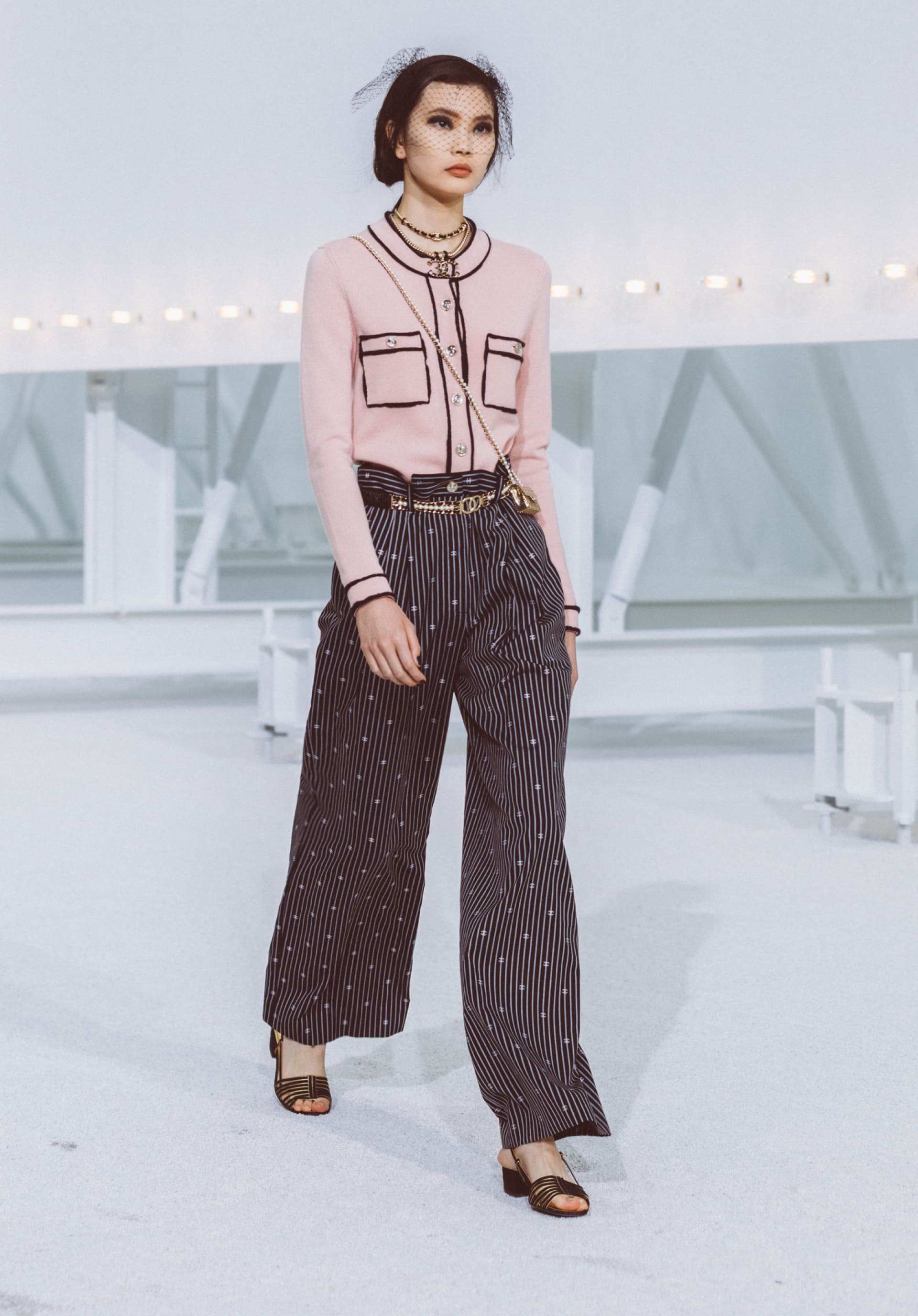View 1 - Look11 - Spring-Summer 2021 - see full sized version
