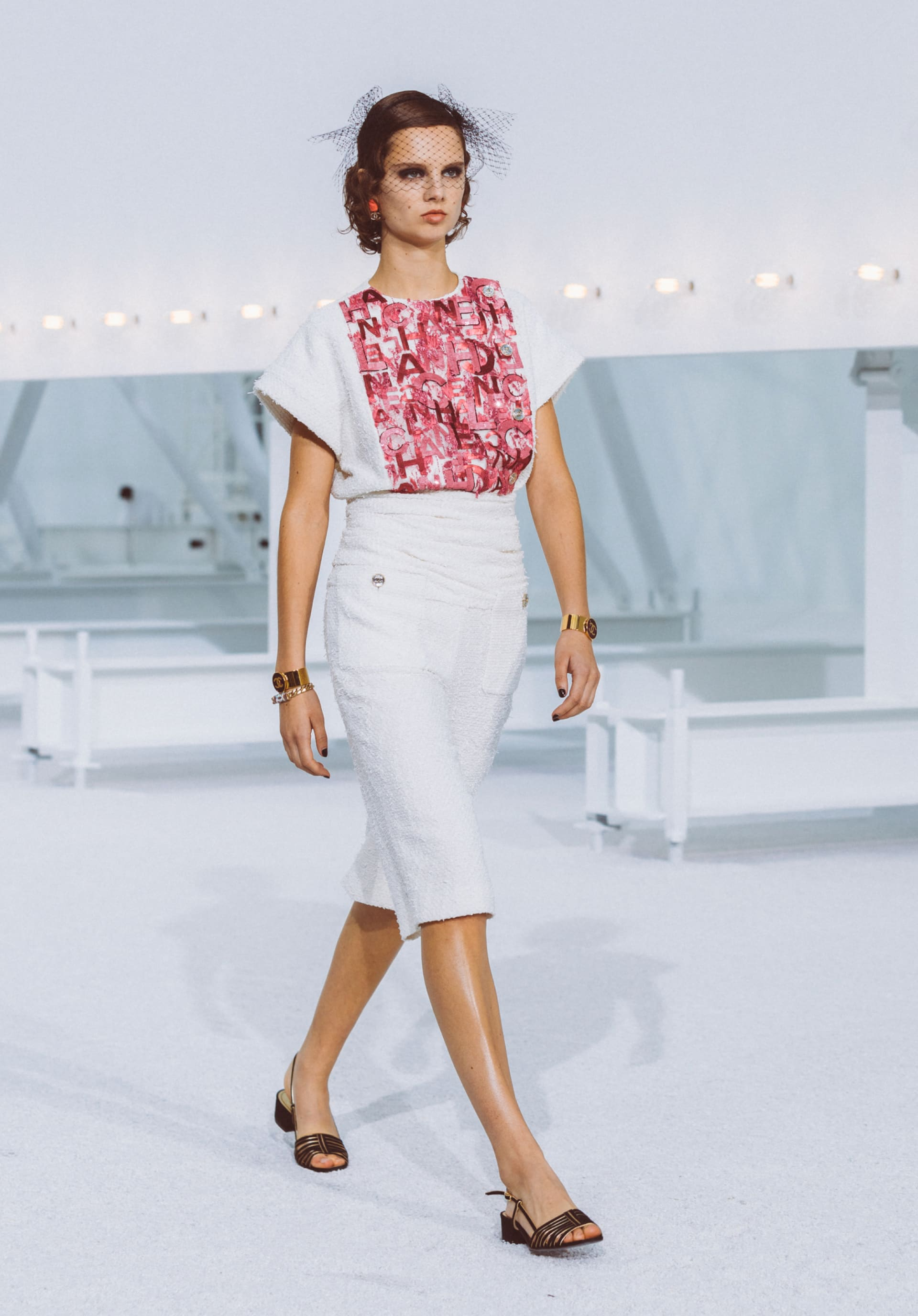 View 1 - Look29 - Spring-Summer 2021 - see full sized version