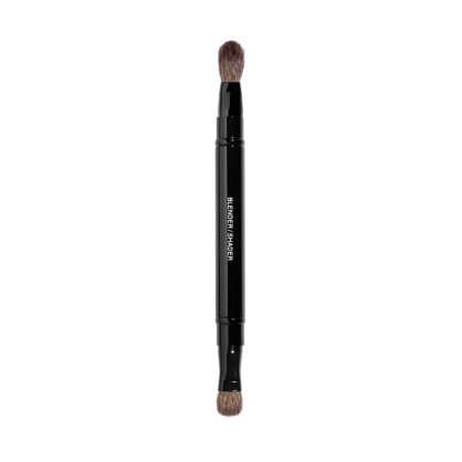 RETRACTABLE DUAL-TIP EYESHADOW BRUSH