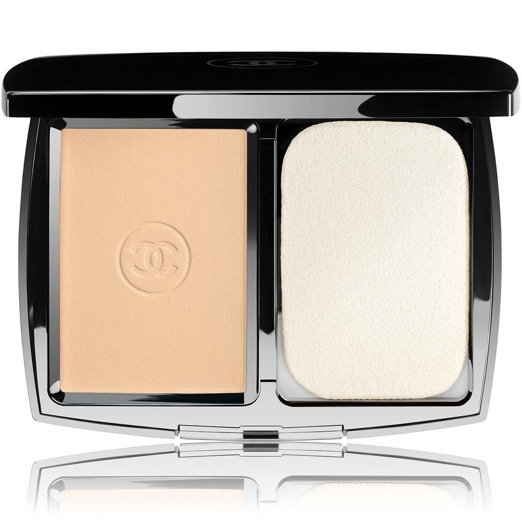 PERFECTION LUMIÈRE EXTRÊME EXTREME LONG-WEAR AND PORE MINIMIZING POWDER FOUNDATION SPF 25/PA+++