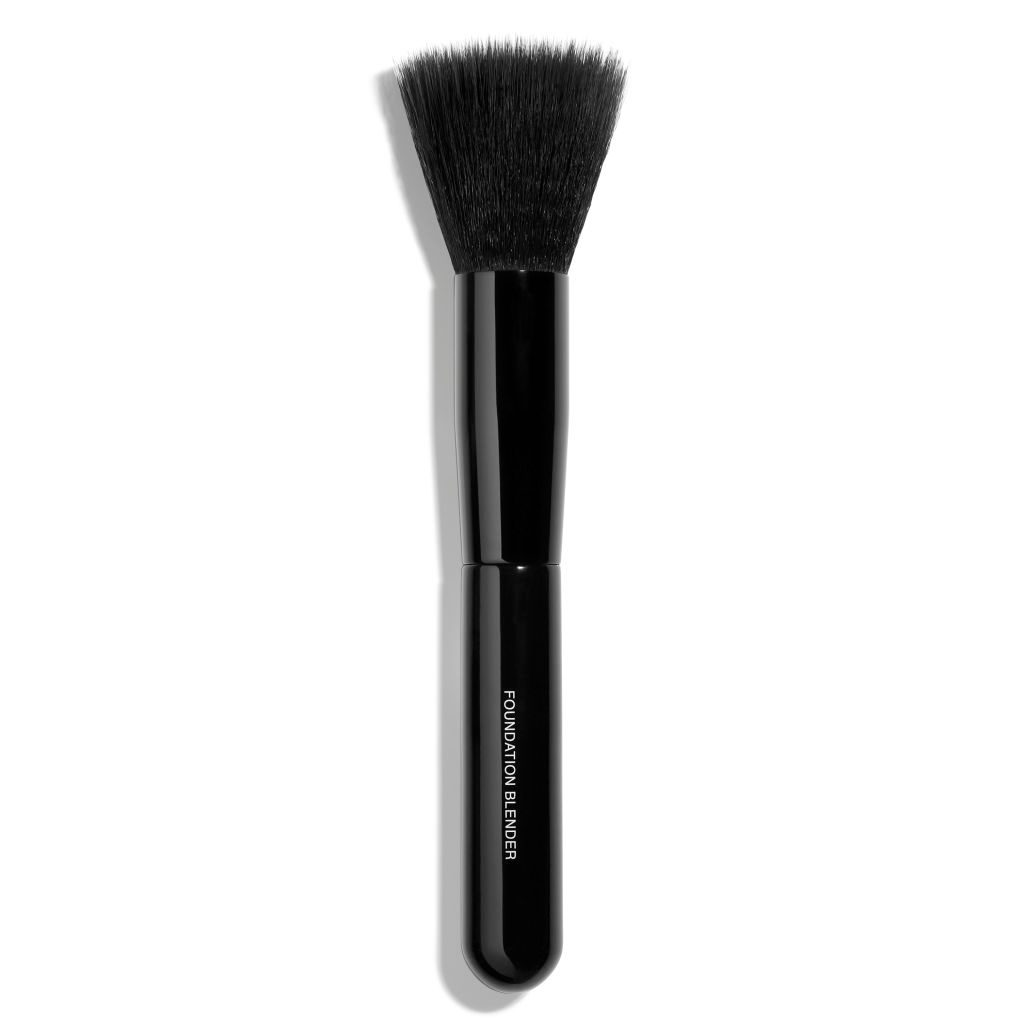PINCEAU ESTOMPE TEINT FOUNDATION-BLENDING BRUSH 1pce