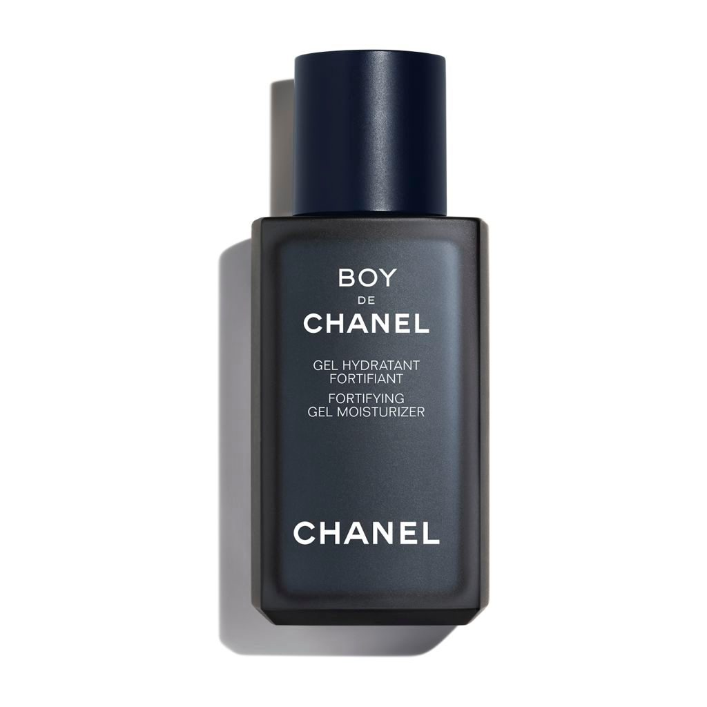 BOY DE CHANEL FORTIFYING GEL MOISTURIZER ULTRA-FRESH FORTIFYING MOISTURISING GEL. PROTECTS SKIN FROM DAILY AGGRESSORS. 50ml