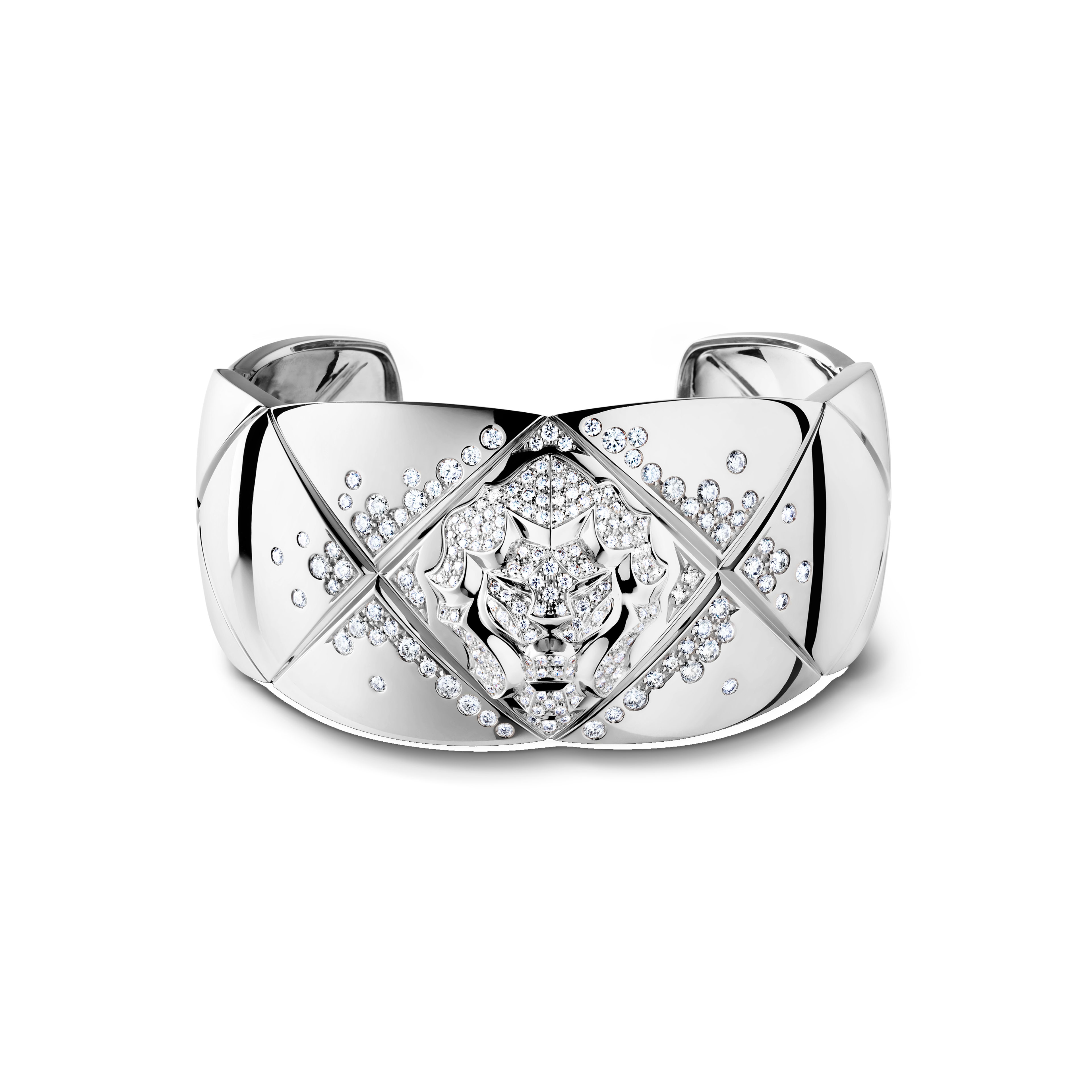 Coco Crush bracelet - Quilted motif and lion cuff in 18K white gold and diamonds - Default view - see full sized version