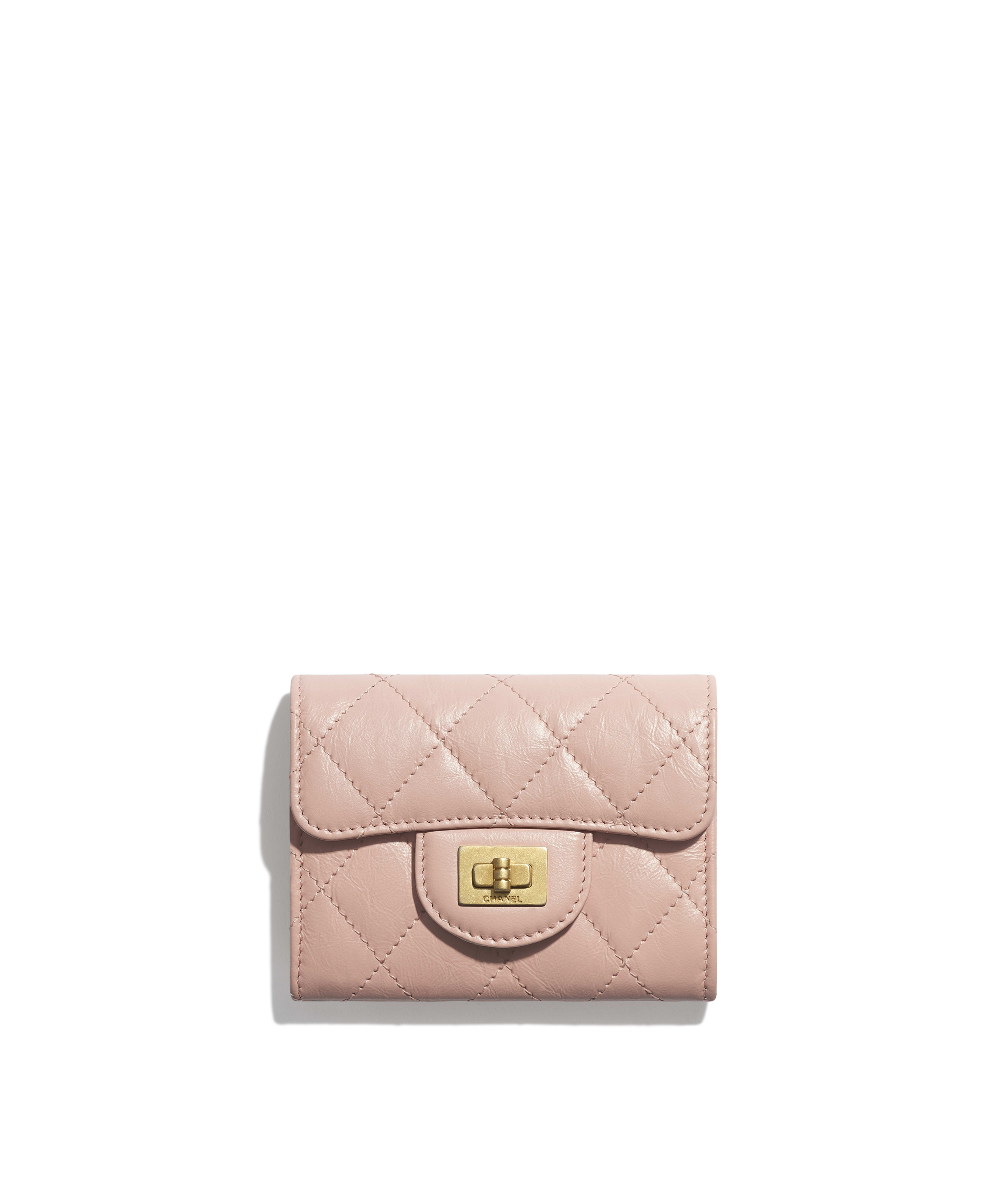 9e38fe2f3c12 2.55 Flap Coin Purse Aged Calfskin & Gold-Tone Metal, Light Pink Ref.  A80234Y04634N0430