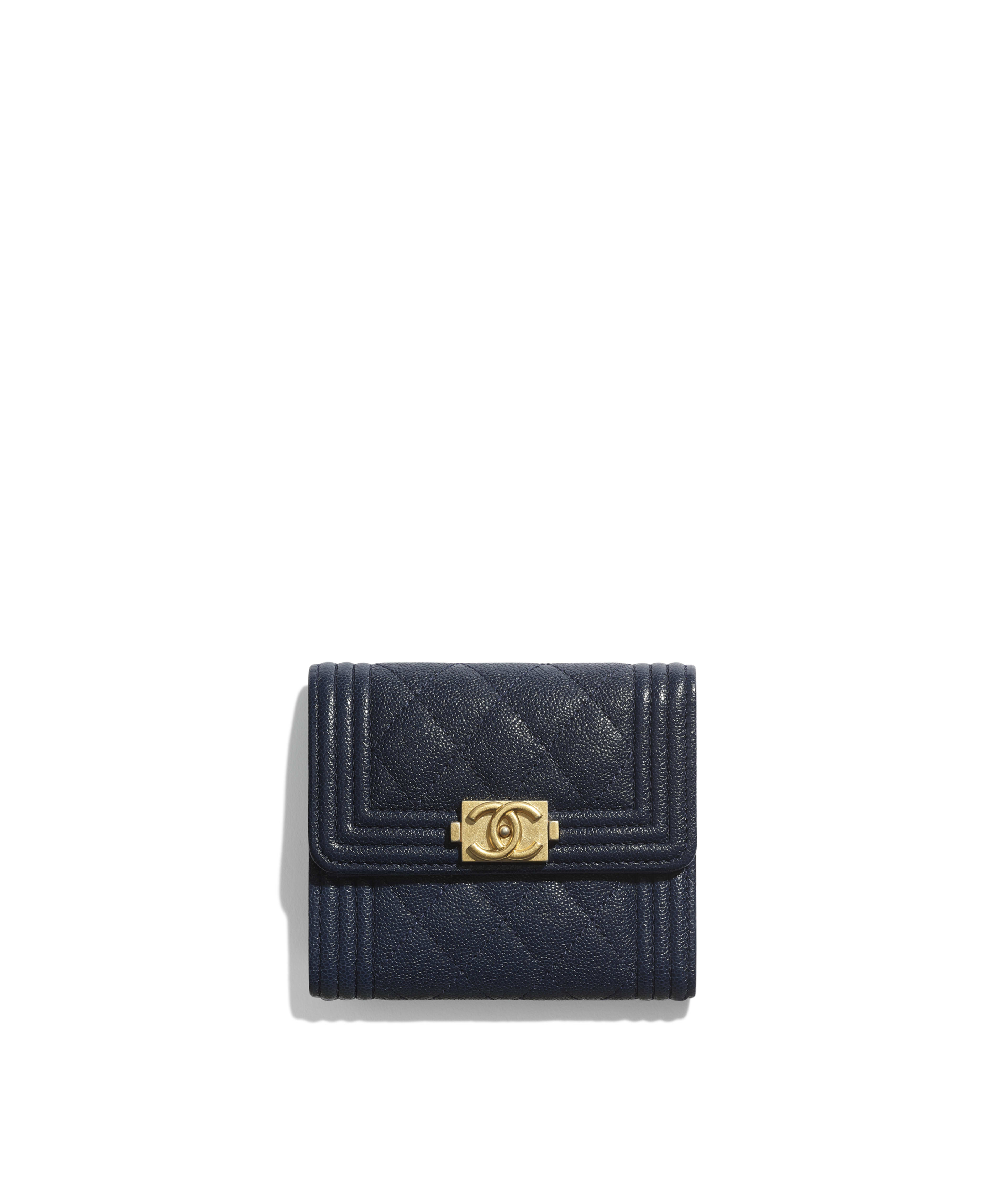 a967ff6deb86fe BOY CHANEL Small Flap Wallet Grained Calfskin & Gold-Tone Metal, Navy Blue  Ref. A81996Y83621N0417