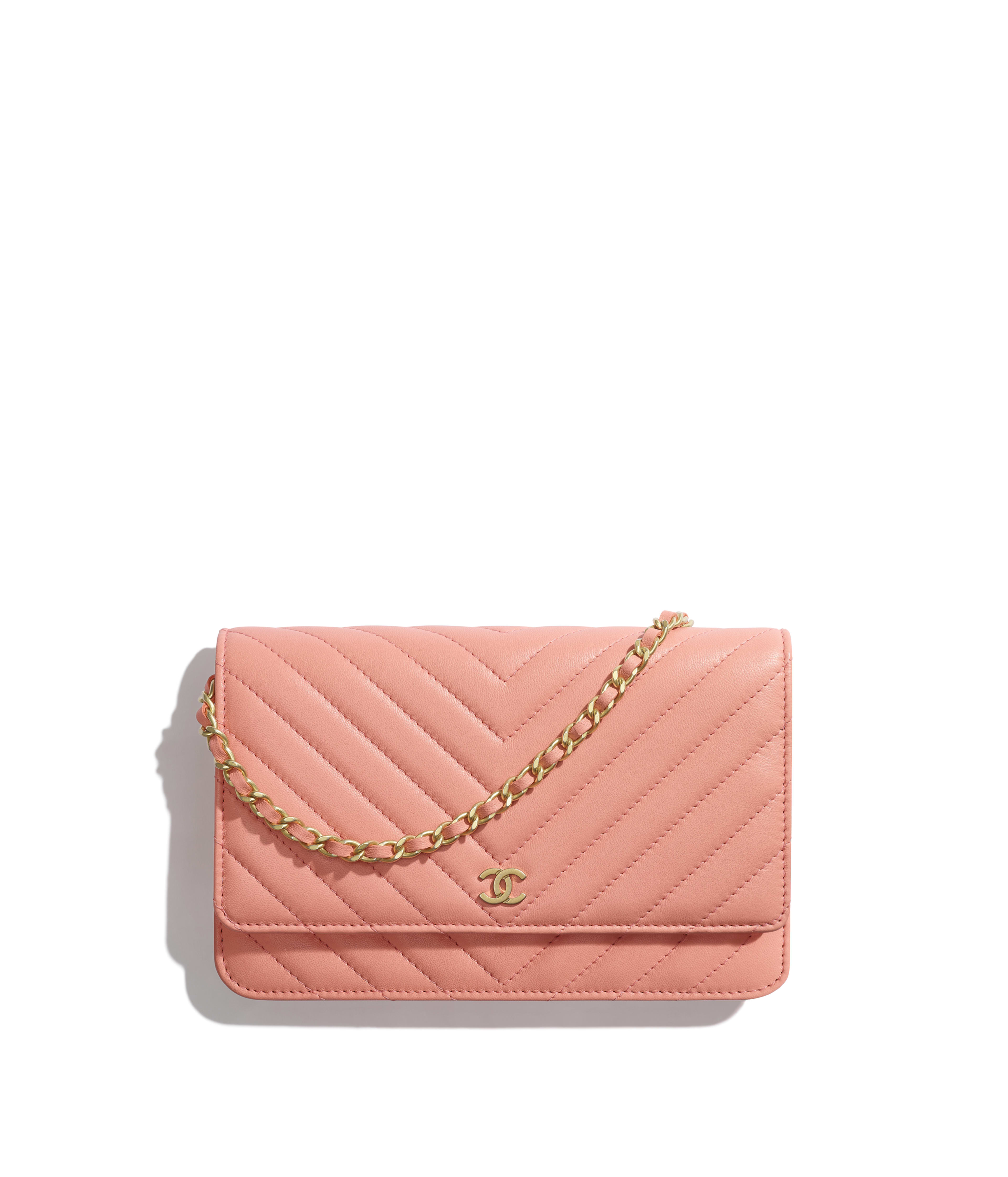 22390a1cb2e8 Classic Wallet on Chain Lambskin & Gold-Tone Metal, Coral Ref.  A33814Y33122N0899