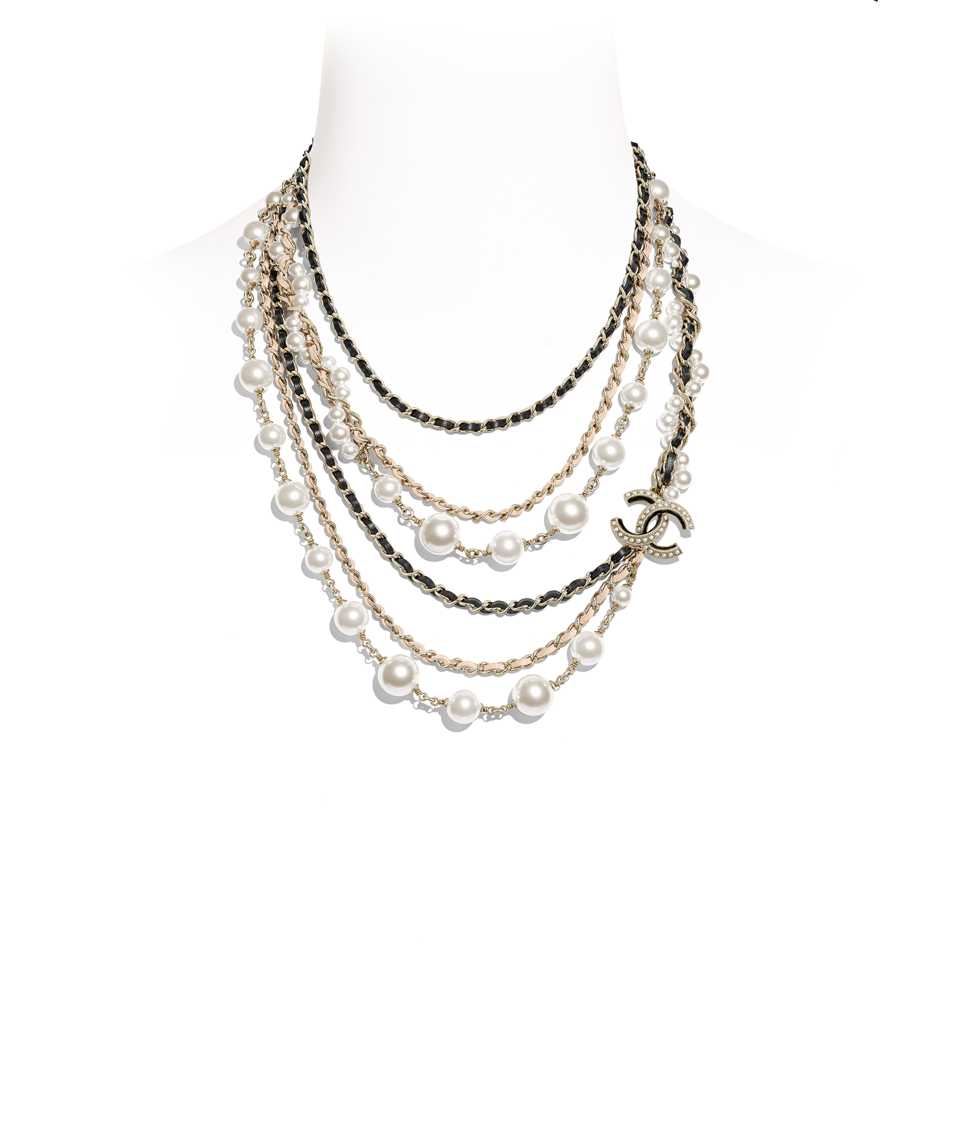 b7a4bb96a8cd5 Necklaces - Costume jewelry   CHANEL