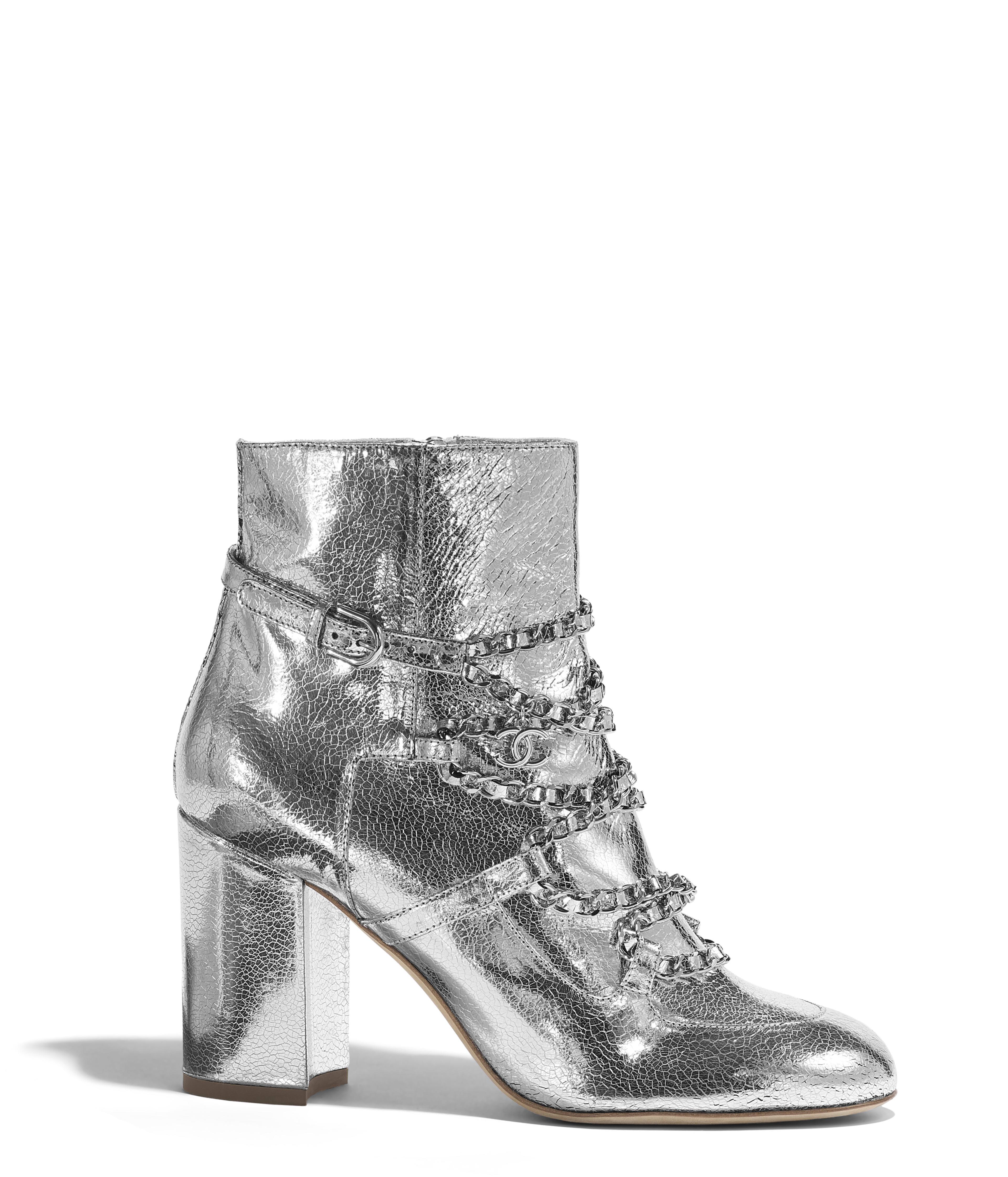 8a694fc88c3e41 Short Boots Laminated Goatskin, Silver Ref. G34489X529670H559