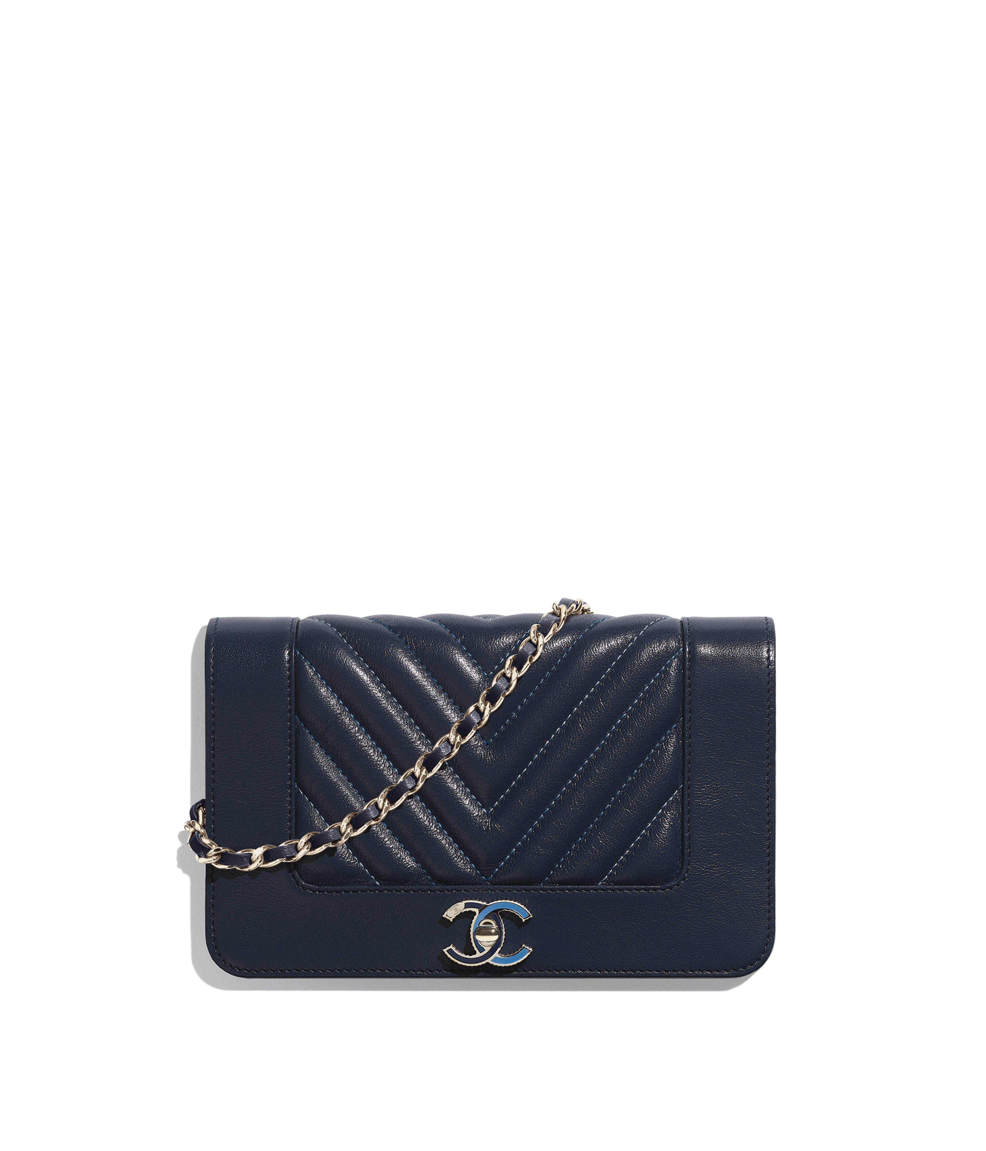 e2135b72c797 Wallet on Chain Sheepskin & Gold-Tone Metal, Navy Blue Ref.  A80972B00074N0417
