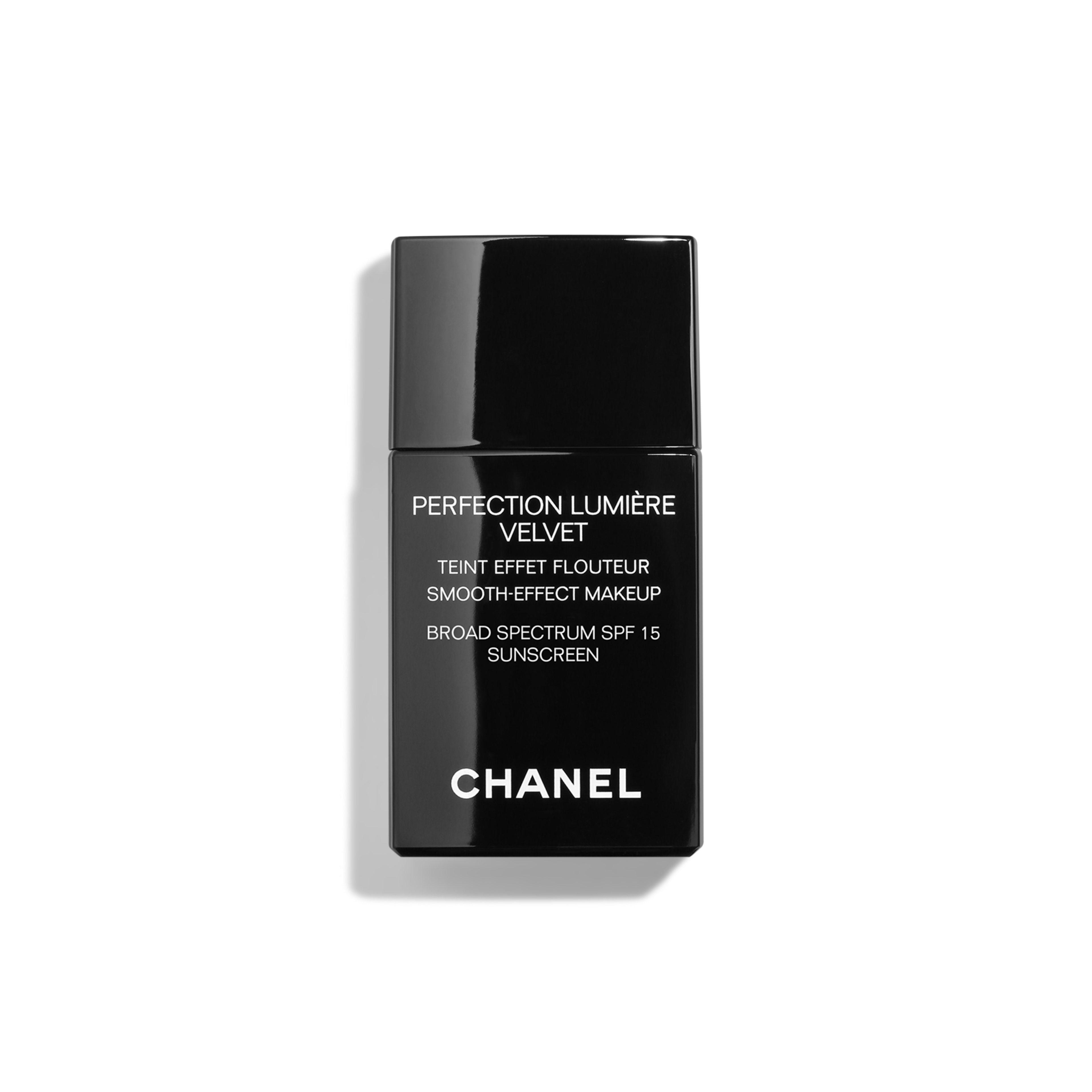 fb8a1cf58 PERFECTION LUMIÈRE VELVET Smooth-Effect Makeup Broad Spectrum SPF 15  Sunscreen Ref. 147726