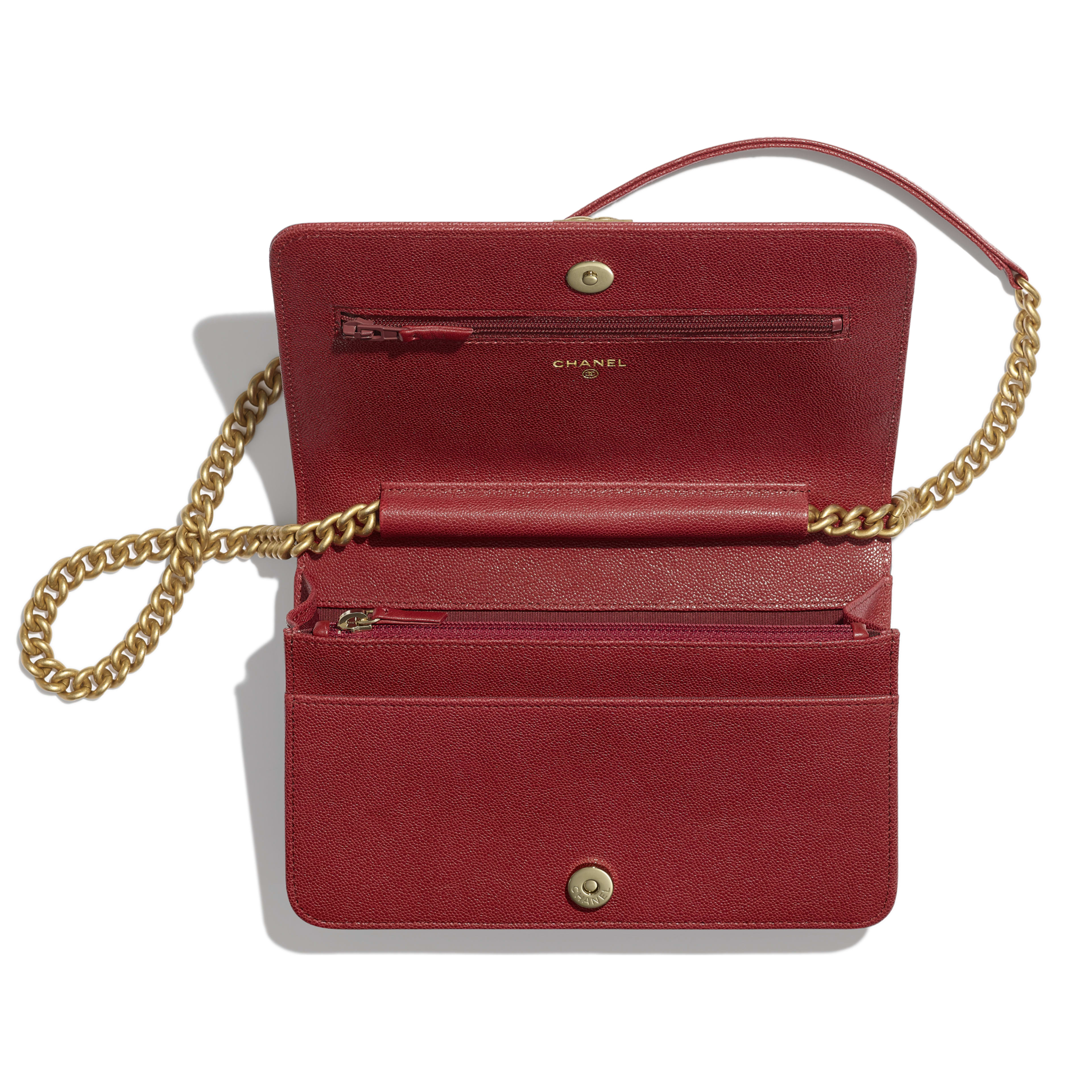 BOY CHANEL Wallet on Chain - Red - Grained Calfskin & Gold-Tone Metal - Other view - see full sized version