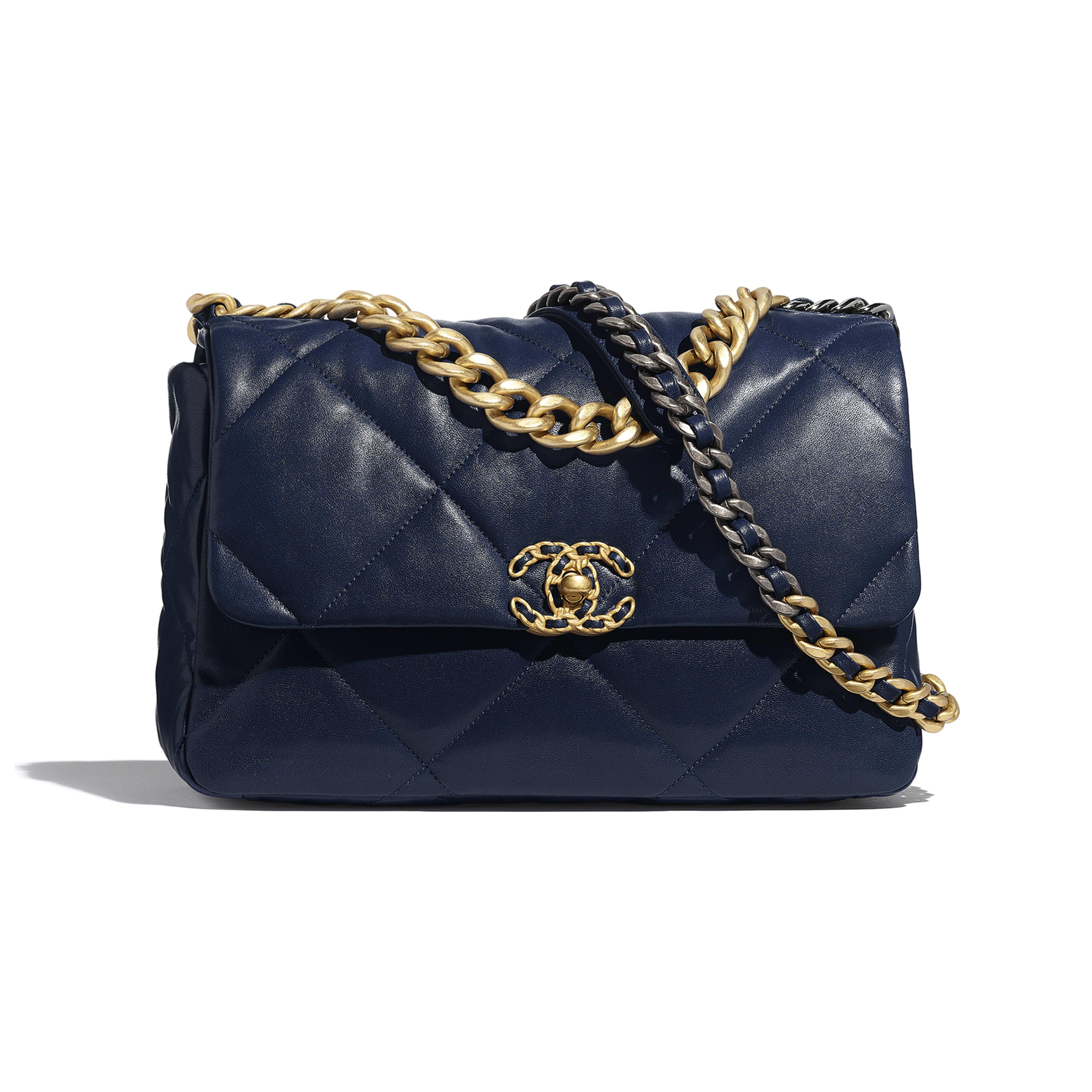 กระเป๋าสะพายใบใหญ่ CHANEL 19 - สีน้ำเงินเนวี่บลู - หนังแกะ โลหะสีทอง โลหะสีเงิน และโลหะเคลือบรูทีเนียม - มุมมองปัจจุบัน - ดูเวอร์ชันขนาดเต็ม