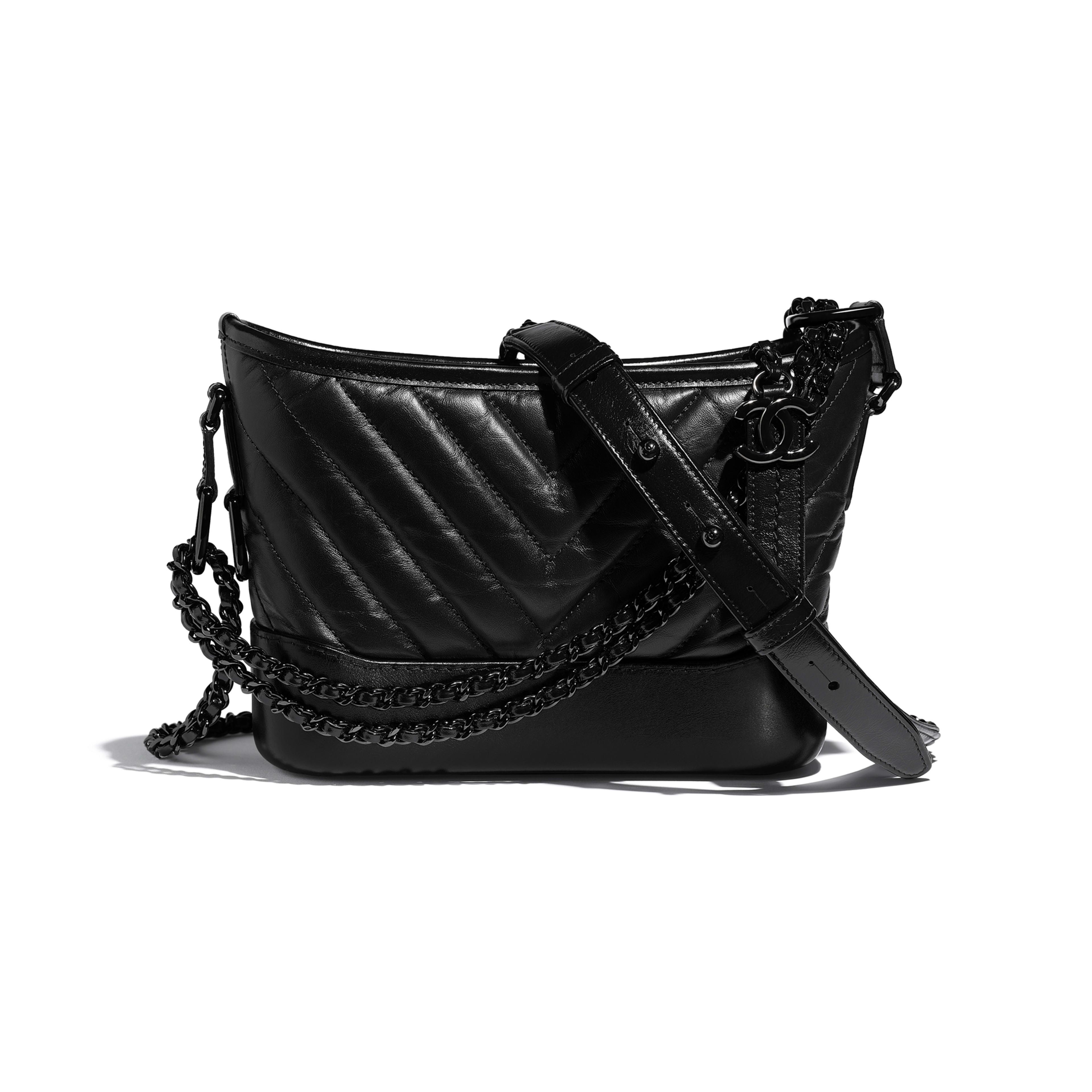 CHANEL'S GABRIELLE сумка hobo маленького размера - Черный - Состаренная кожа теленка, гладкая кожа теленка и черный металл - Вид по умолчанию - посмотреть полноразмерное изображение