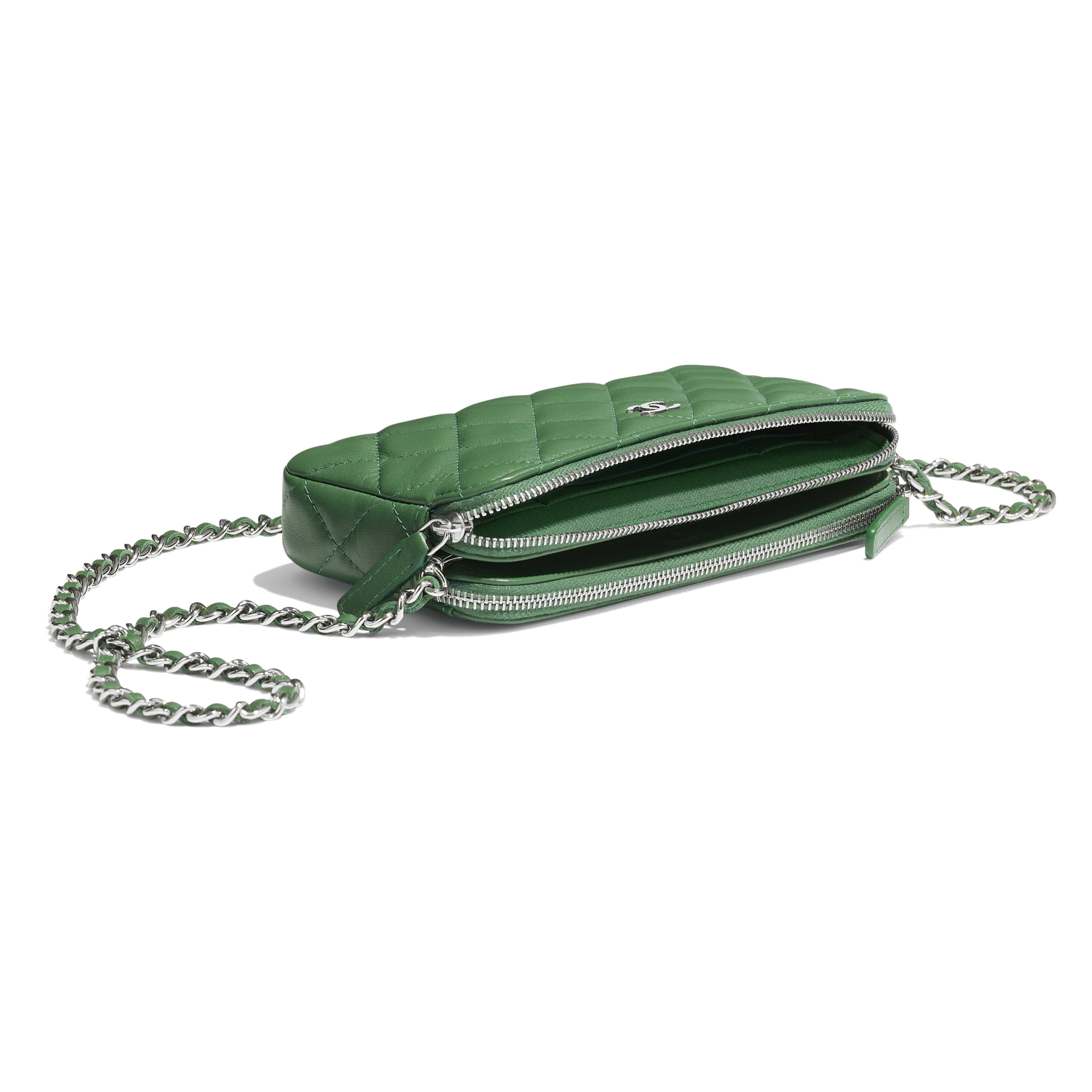 Classic Clutch With Chain - Green - Lambskin - Extra view - see full sized version