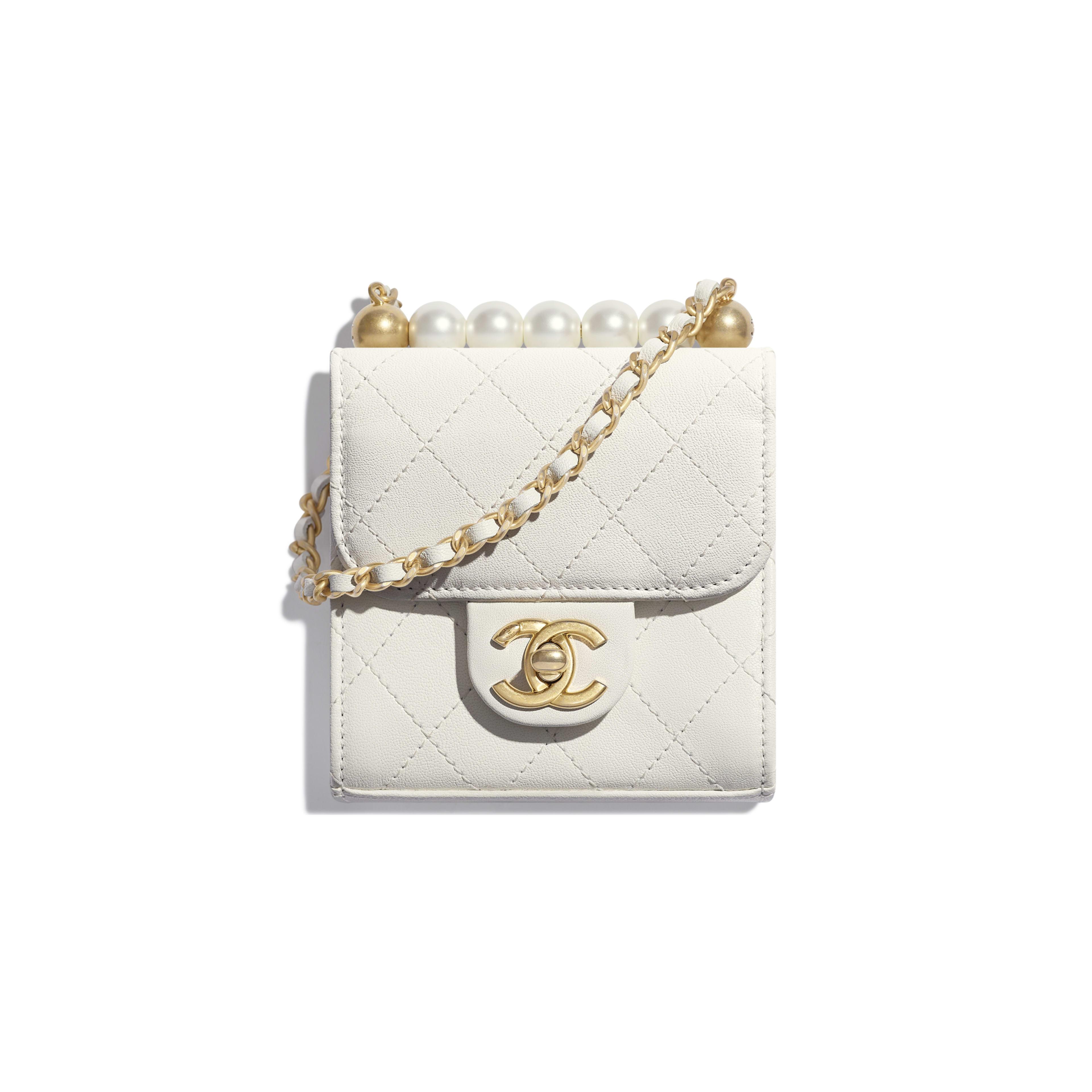 กระเป๋าคลัทช์พร้อมสายโซ่ - สีขาว - หนังแพะ, มุกสังเคราะห์ และโลหะสีทอง - มุมมองปัจจุบัน - ดูเวอร์ชันขนาดเต็ม