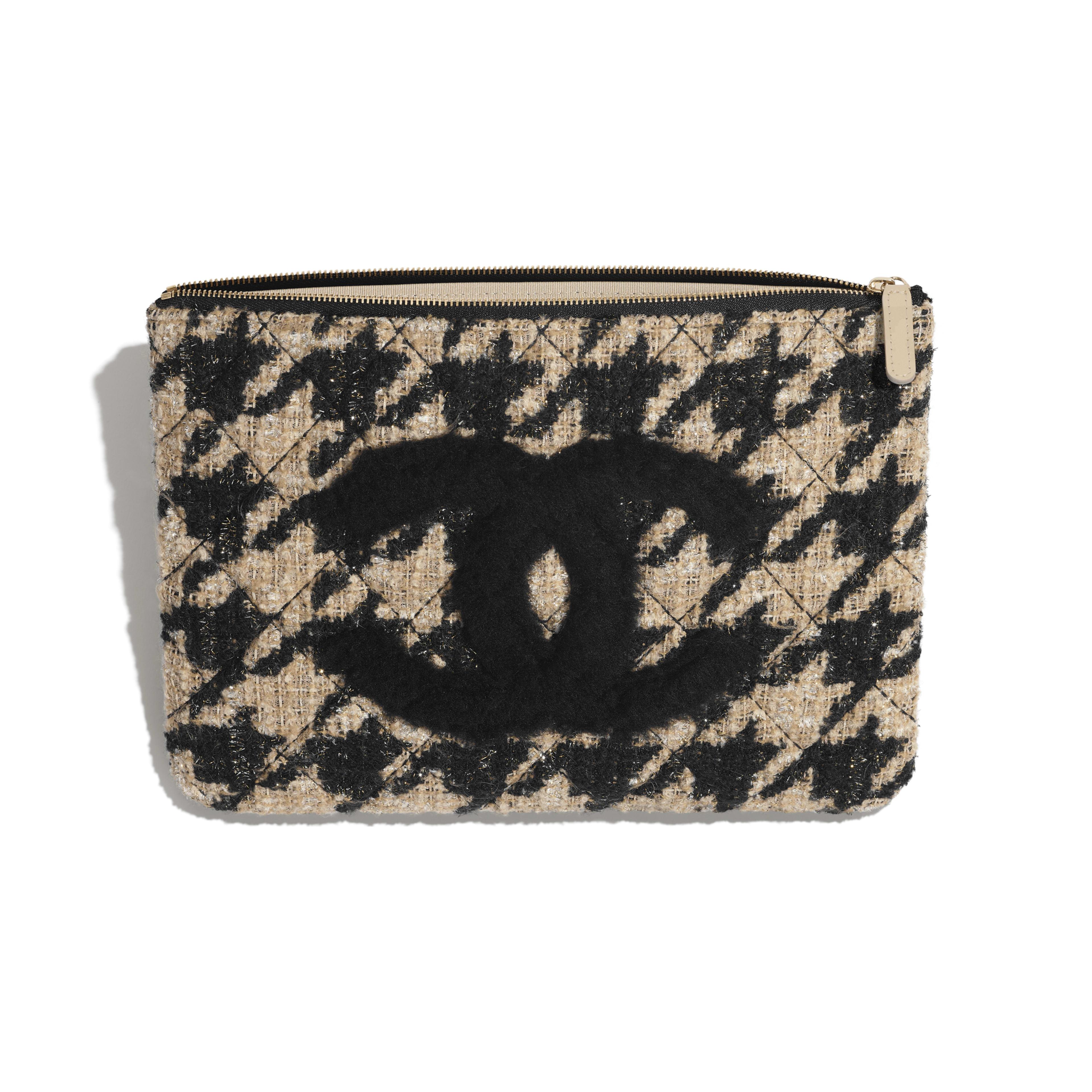 กระเป๋าเพาช์ - สีดำและสีเบจ - ผ้าทวีต หนังแกะเชียร์ลิ่ง และโลหะสีทอง - มุมมองอื่น - ดูเวอร์ชันขนาดเต็ม