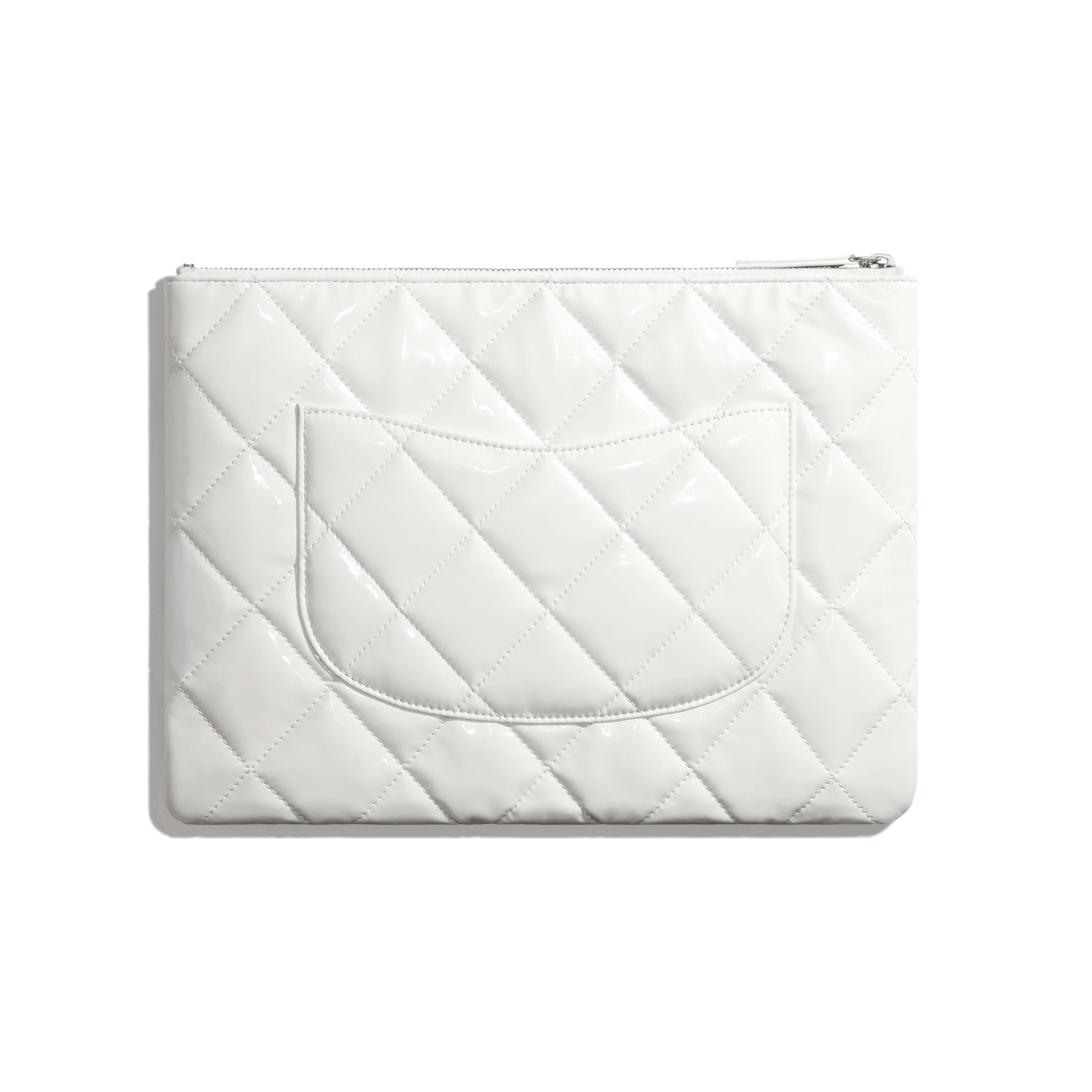 กระเป๋าเพาช์ - สีขาวและสีเงิน - ไวนีลปักประดับ และโลหะสีเงิน - มุมมองทางอื่น - ดูเวอร์ชันขนาดเต็ม