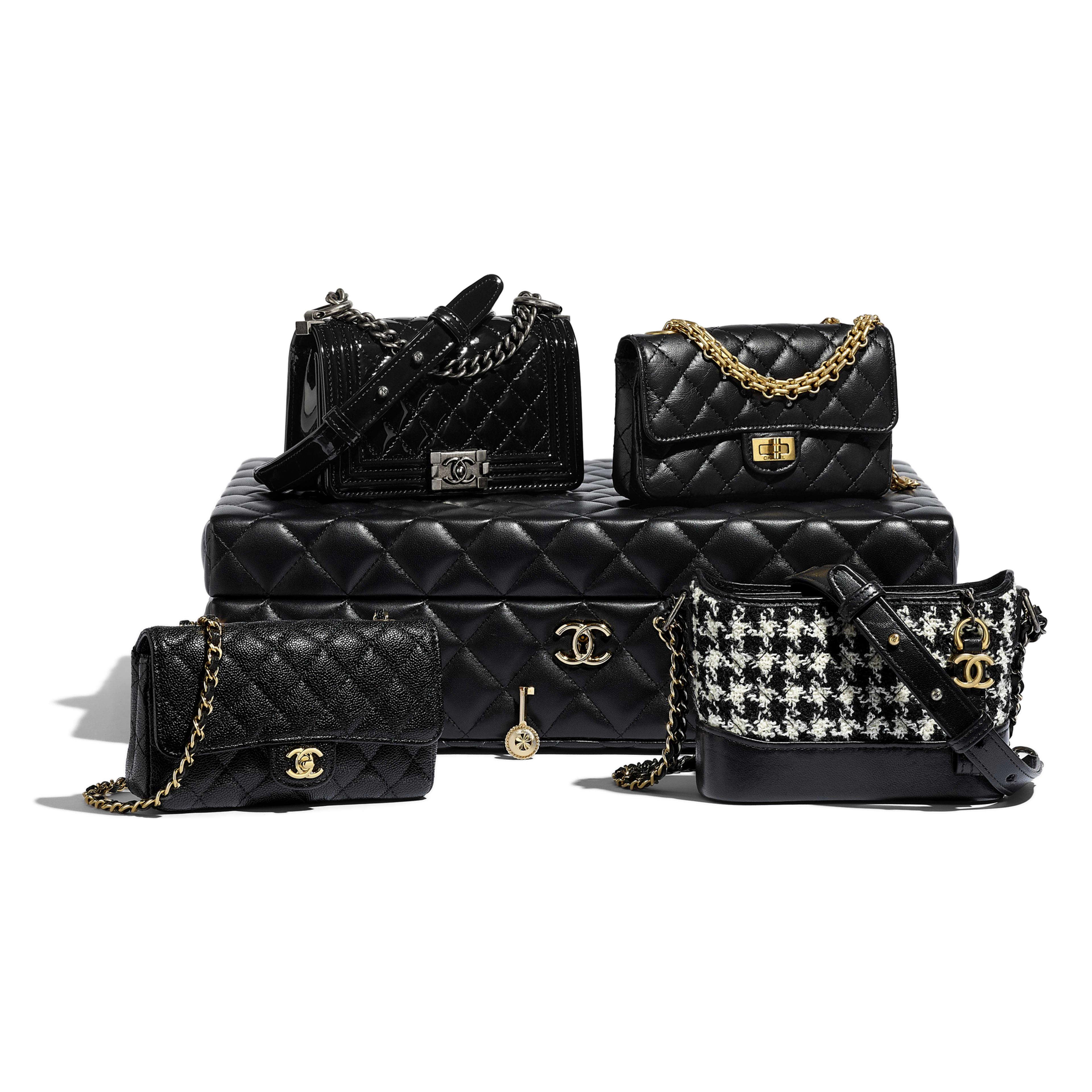Chanel Borse Italia.Set Di 4 Mini Borse Pelle Di Agnello Pelle Tweed Metallo Effetto Dorato Argentato Finitura Rutenio Chanel