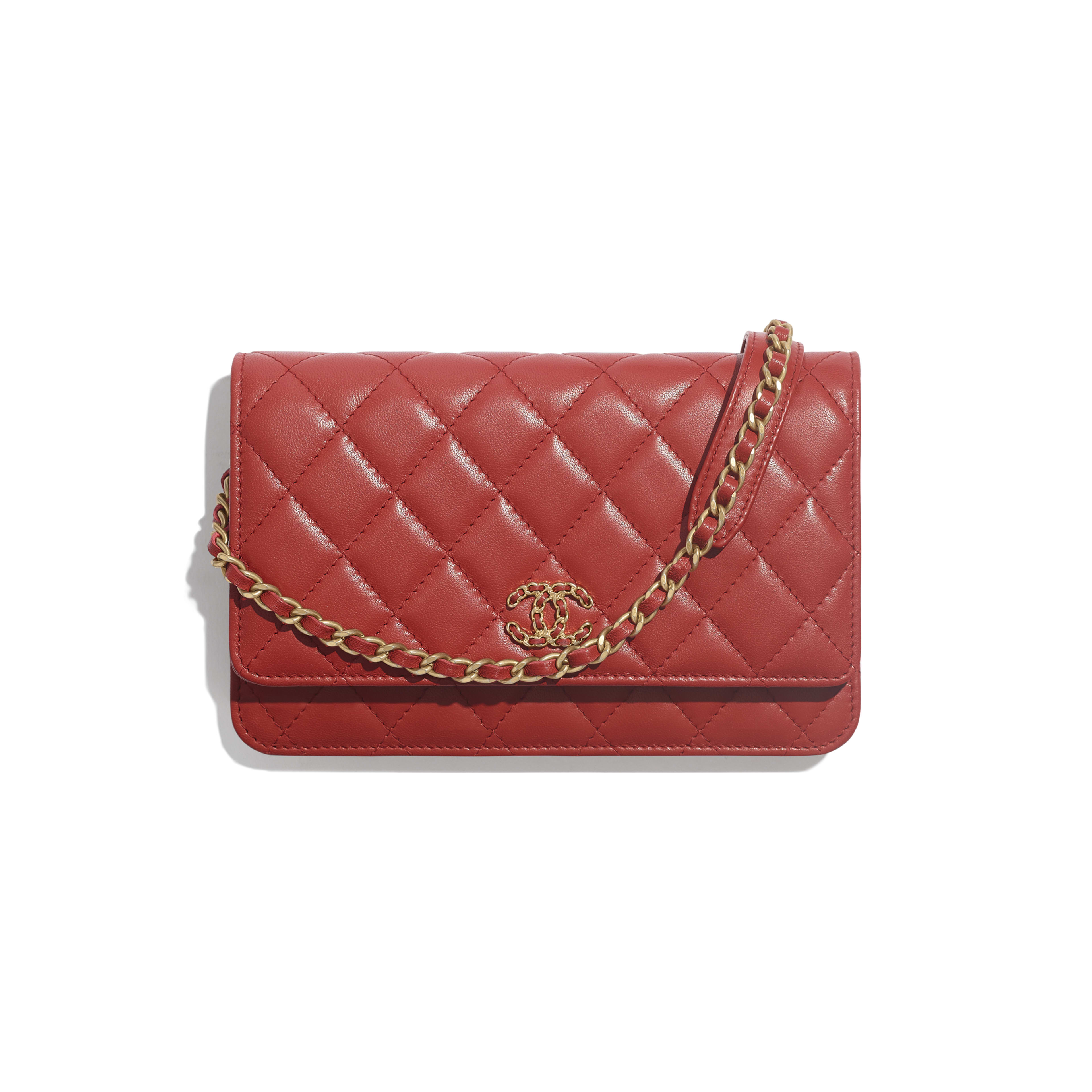 Wallet on Chain - Red - Lambskin & Gold-Tone Metal - Default view - see full sized version
