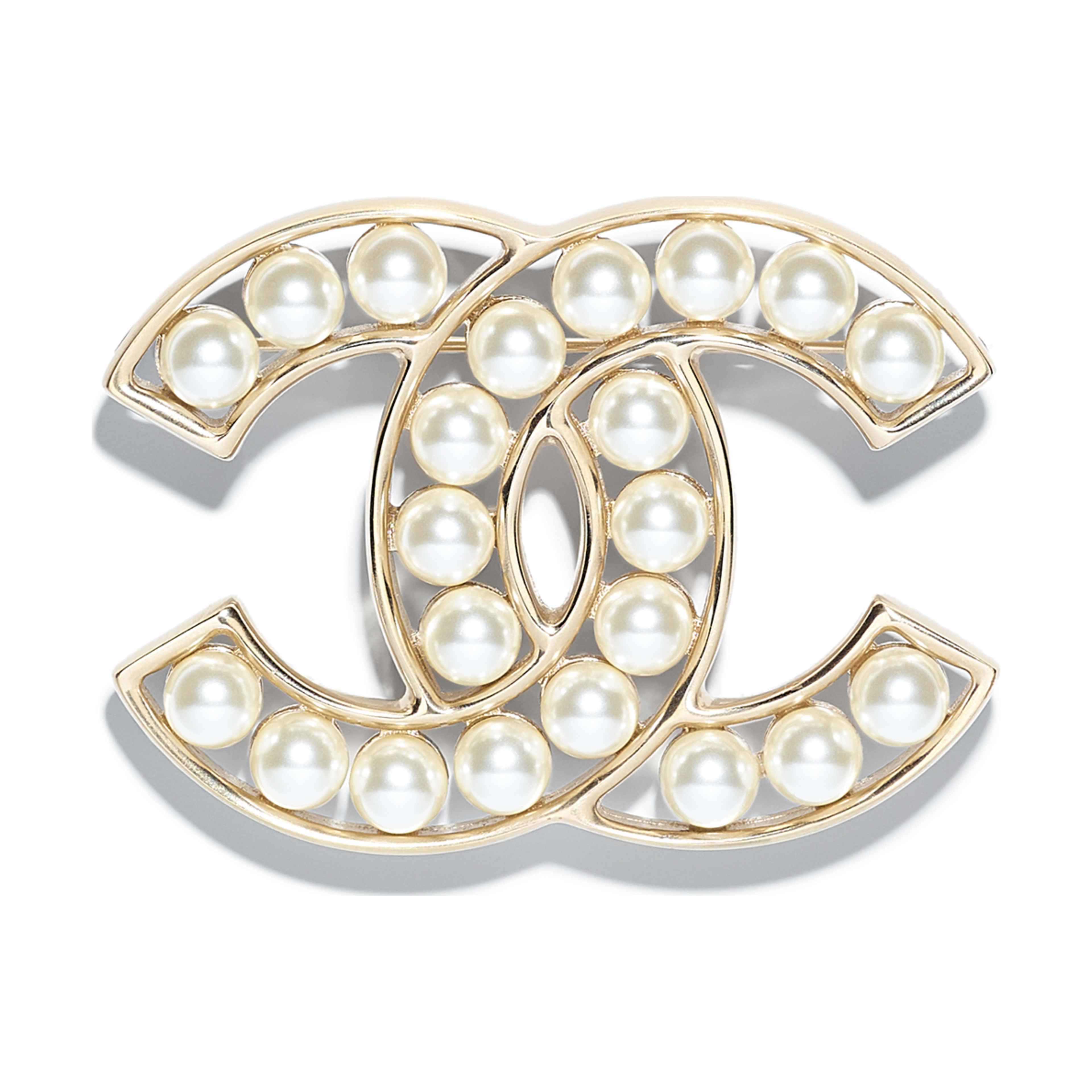 bas prix fréquent modèle unique Metal Glass Pearls Gold Pearly White Brooch | CHANEL