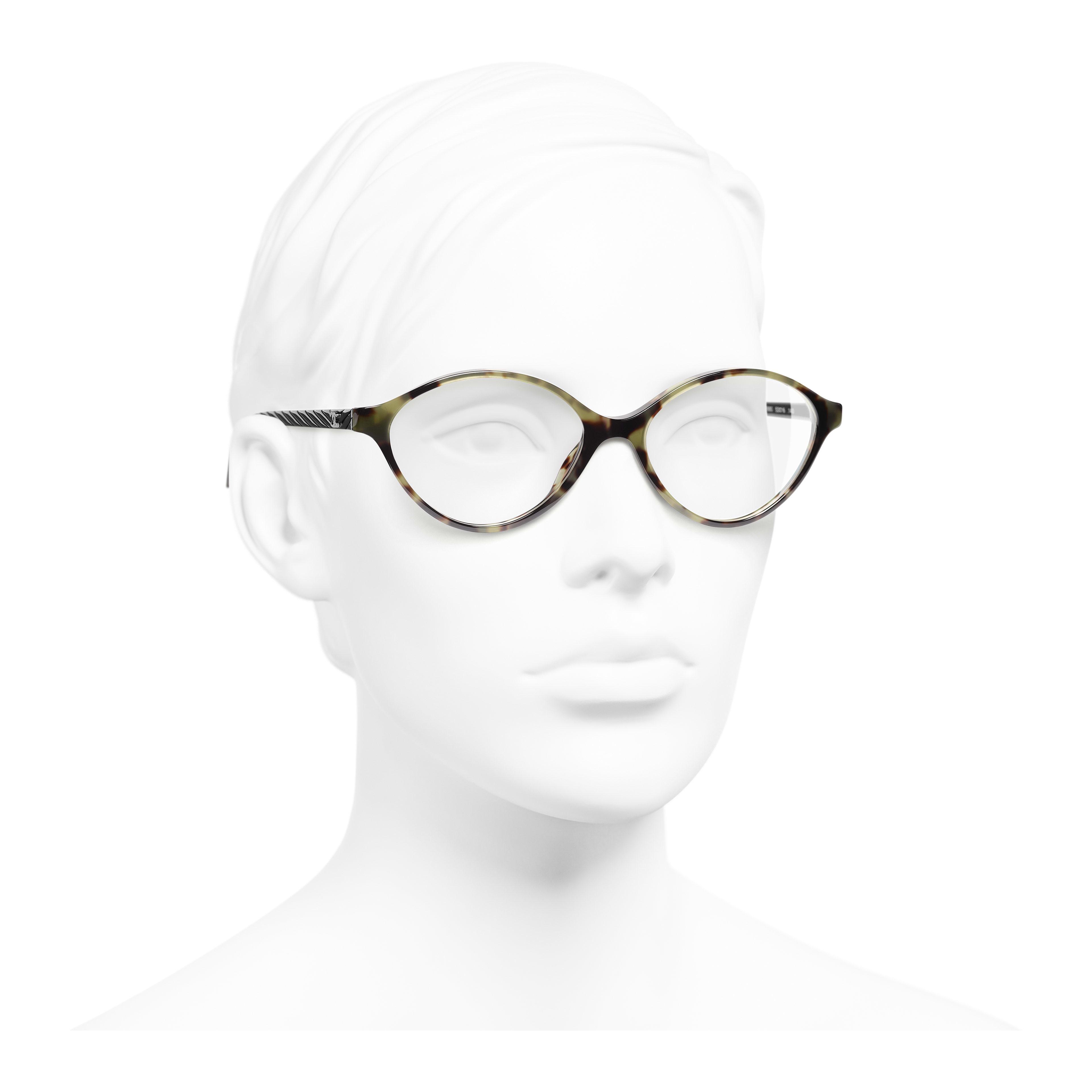 橢圓形眼鏡 - 綠玳瑁 - 高級樹脂 - 配戴時的3/4側面視圖 - 查看全尺寸版本