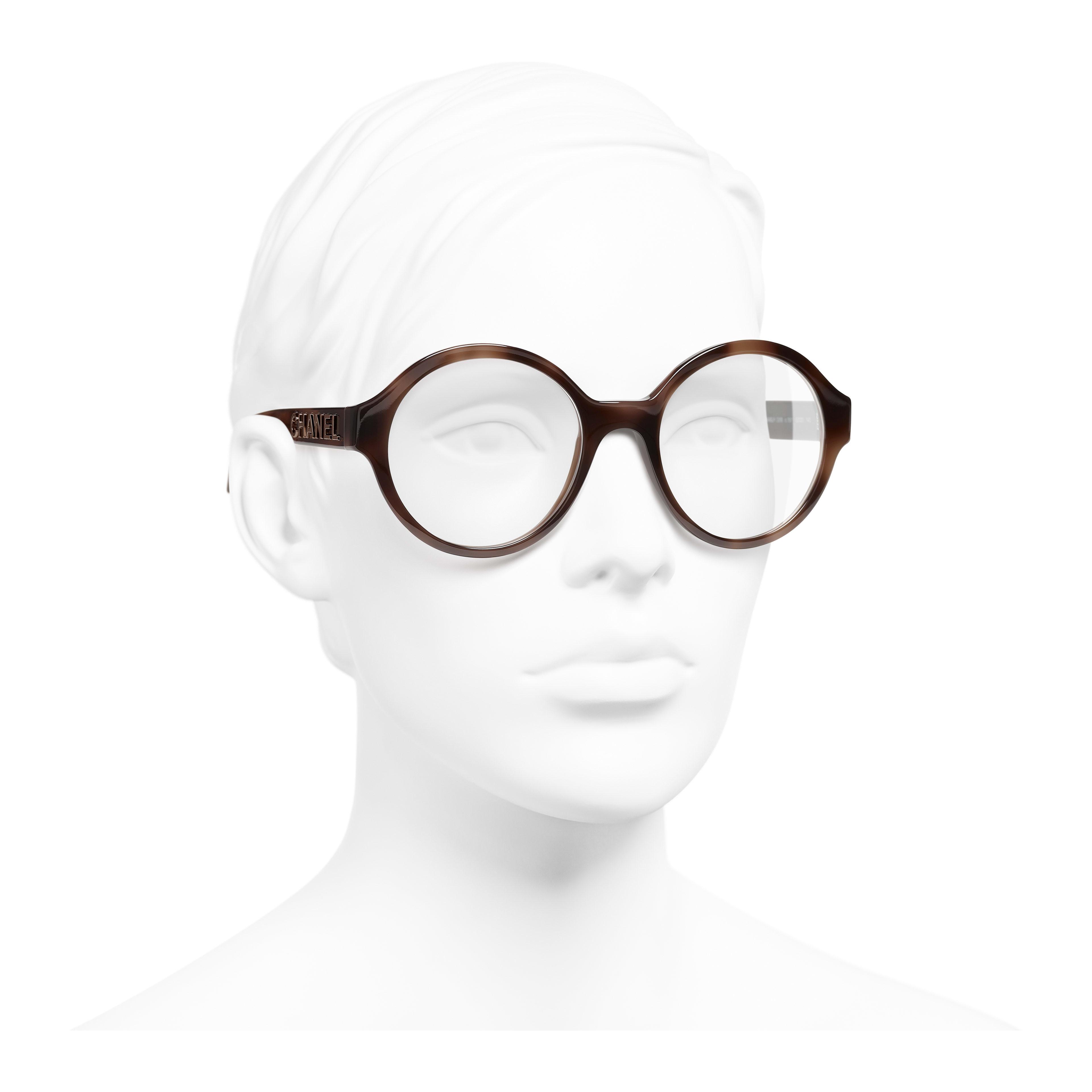 แว่นสายตาทรงกลม - สีน้ำตาล - อะซิเตท - มุมมองการสวมใส่ 3/4 - ดูเวอร์ชันขนาดเต็ม