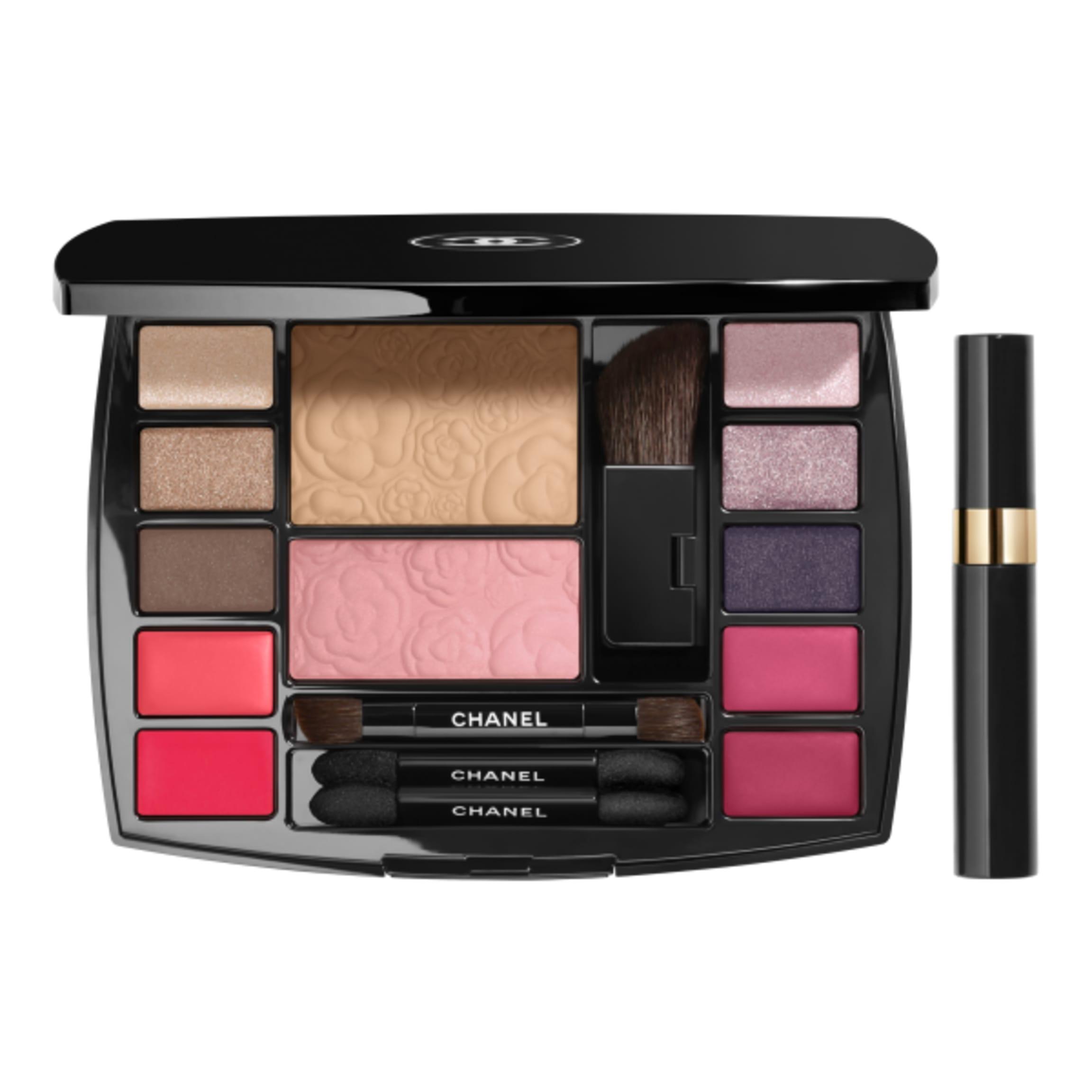 Travel Makeup Palette Essentials