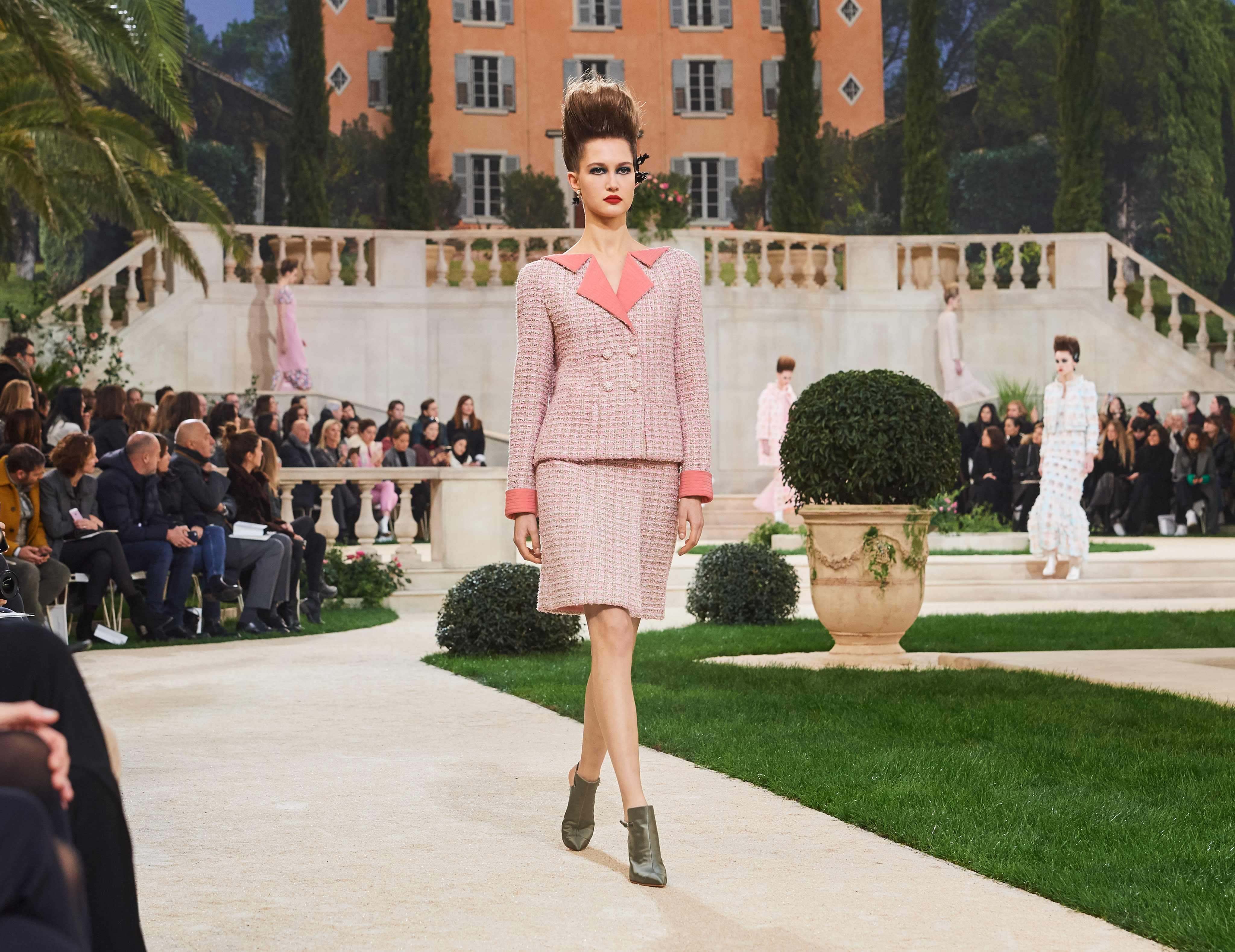 8557bb5e866 Spring-Summer 2019 Haute Couture - Look 15 - CHANEL