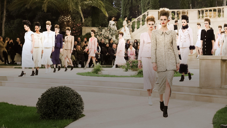 7b8f107a Haute Couture - CHANEL