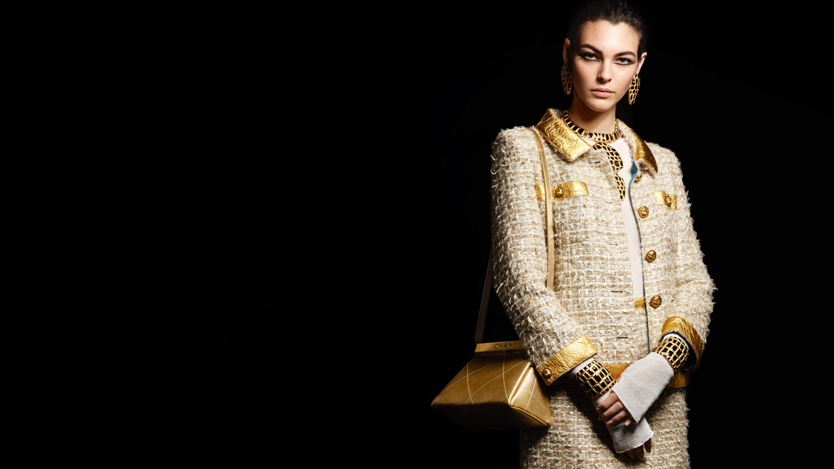 4b3bd6c6 Fashion shows, Ready-to-wear and Accessories collections - CHANEL
