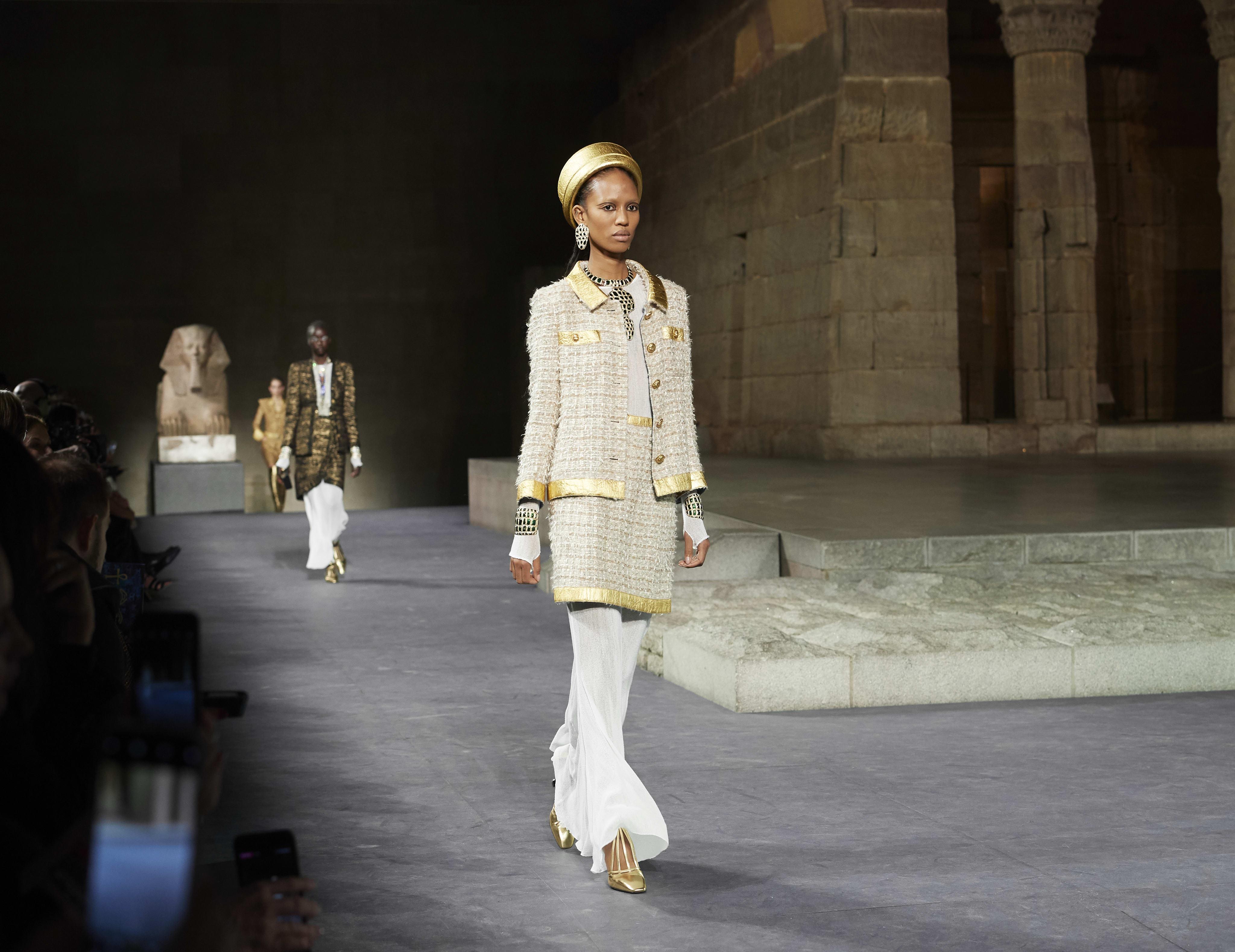 8b3b46a7c9152 Dresses - Ready-to-wear - CHANEL