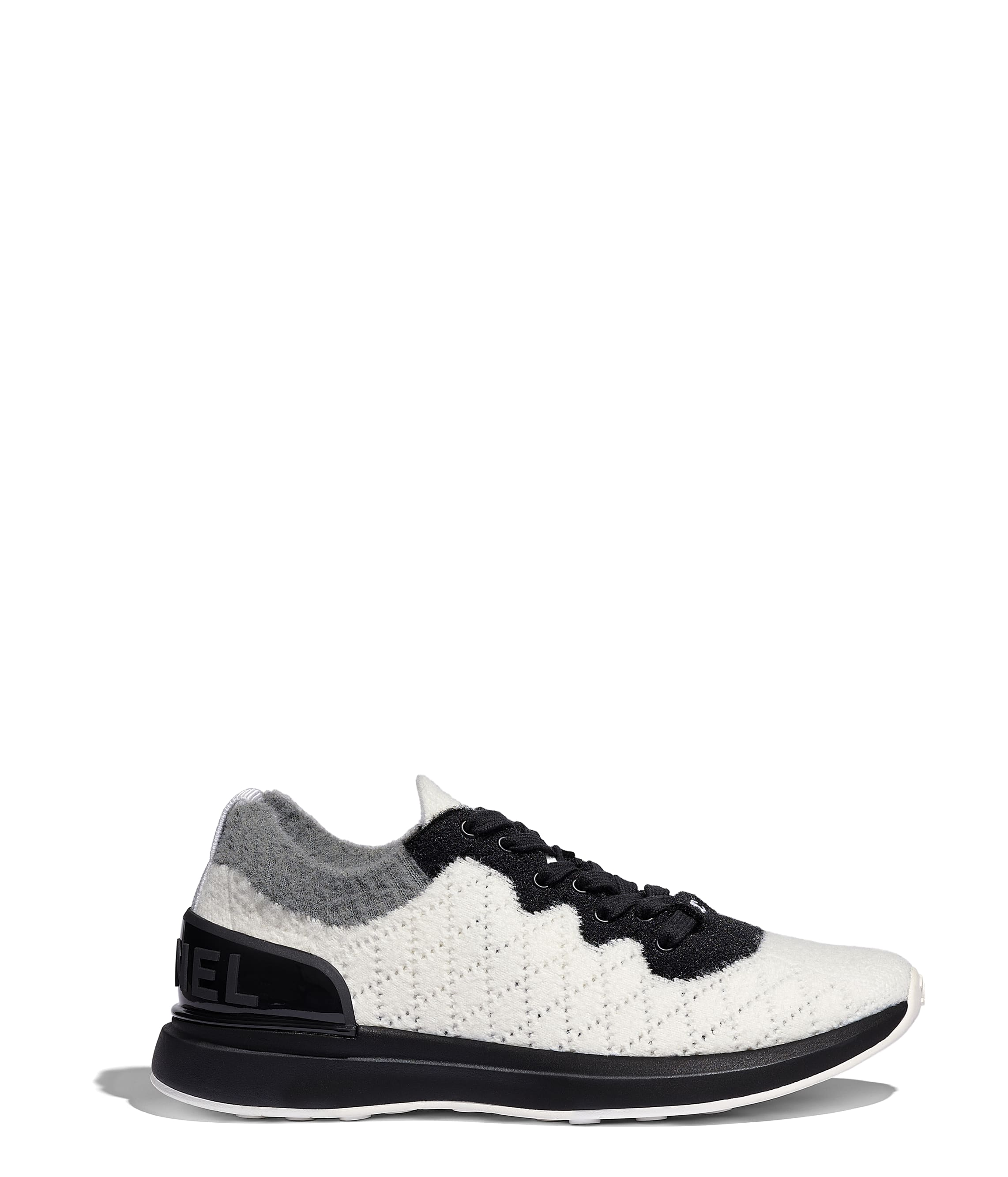 best cheap b8440 b3a7f Sneakers - Calzature - CHANEL