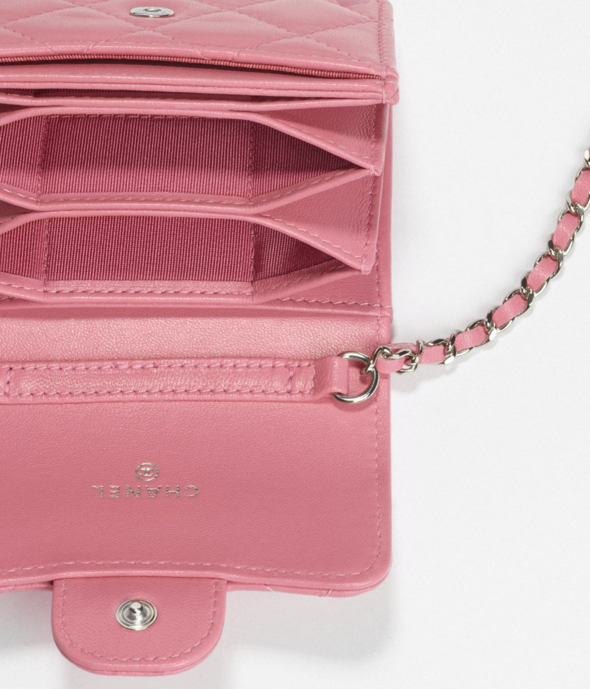 image 2 - Classic Flap Card Holder with Chain - Lambskin & Silver-Tone Metal - Light Pink